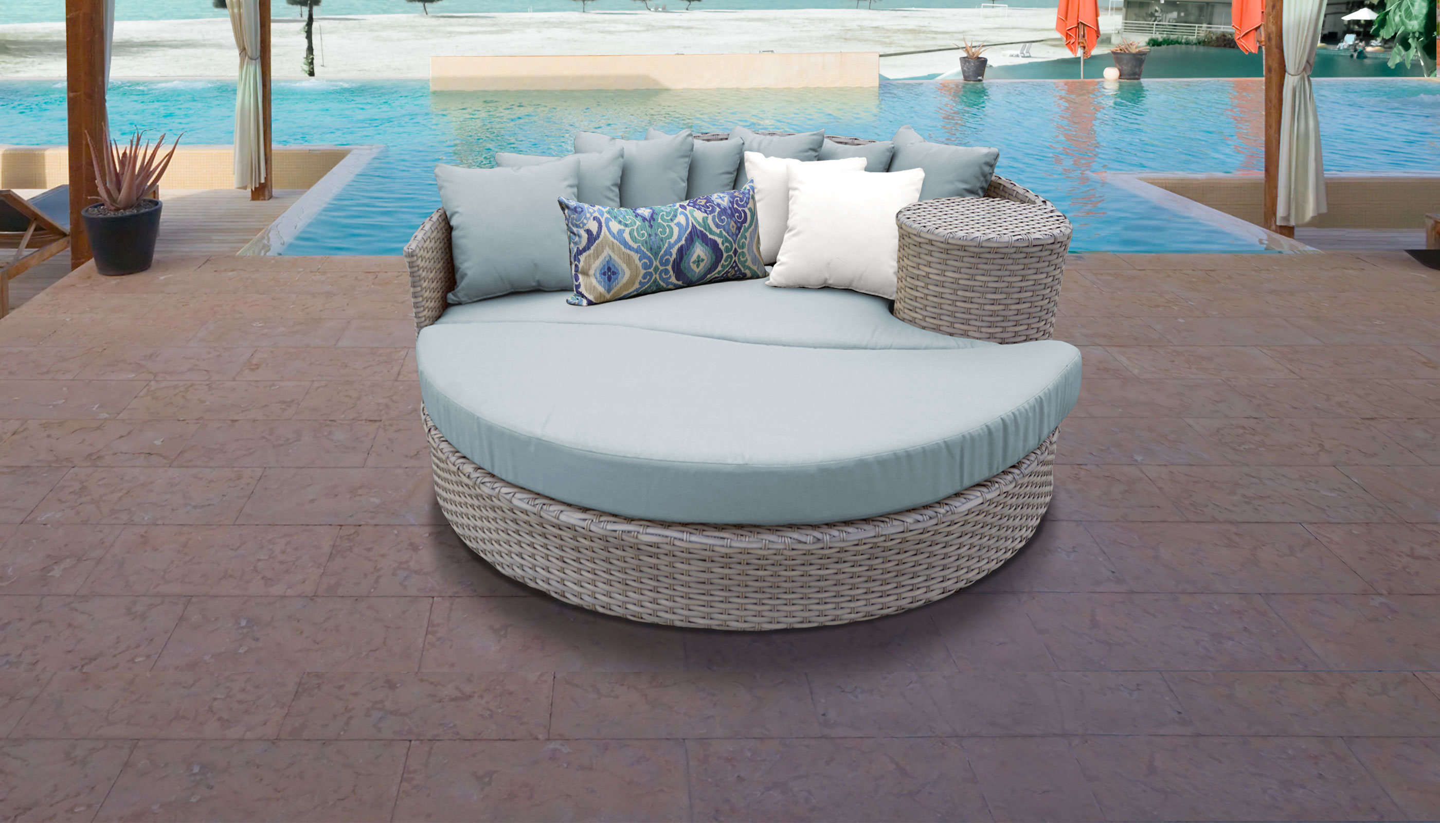 Greening Outdoor Daybeds With Ottoman & Cushions Pertaining To Preferred Rochford Circular Patio Daybed With Cushions (View 14 of 20)