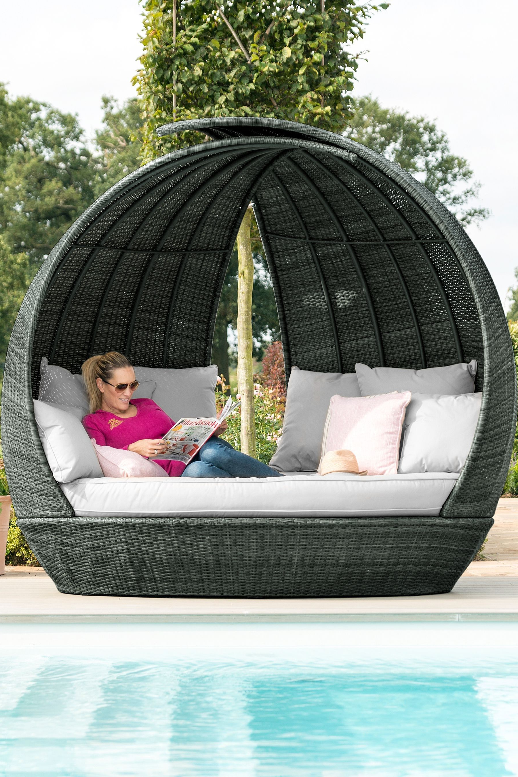 Hatley Patio Daybeds With Cushions With Well Known Monaco Daybed Podmaze Rattan – Brown (View 7 of 20)