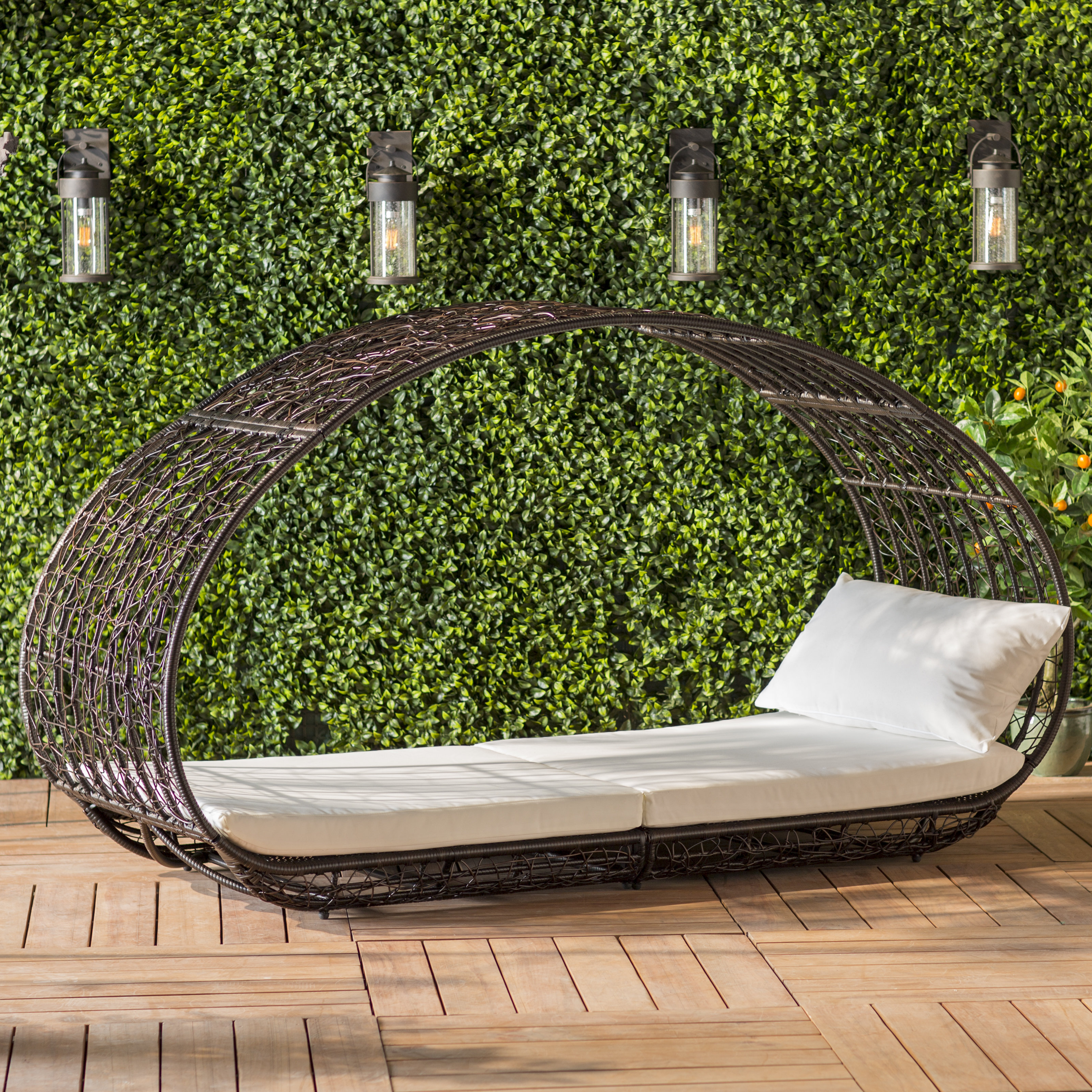 Lavina Outdoor Patio Daybeds With Cushions Inside Fashionable Lavina Outdoor Patio Daybed With Cushions (View 8 of 20)