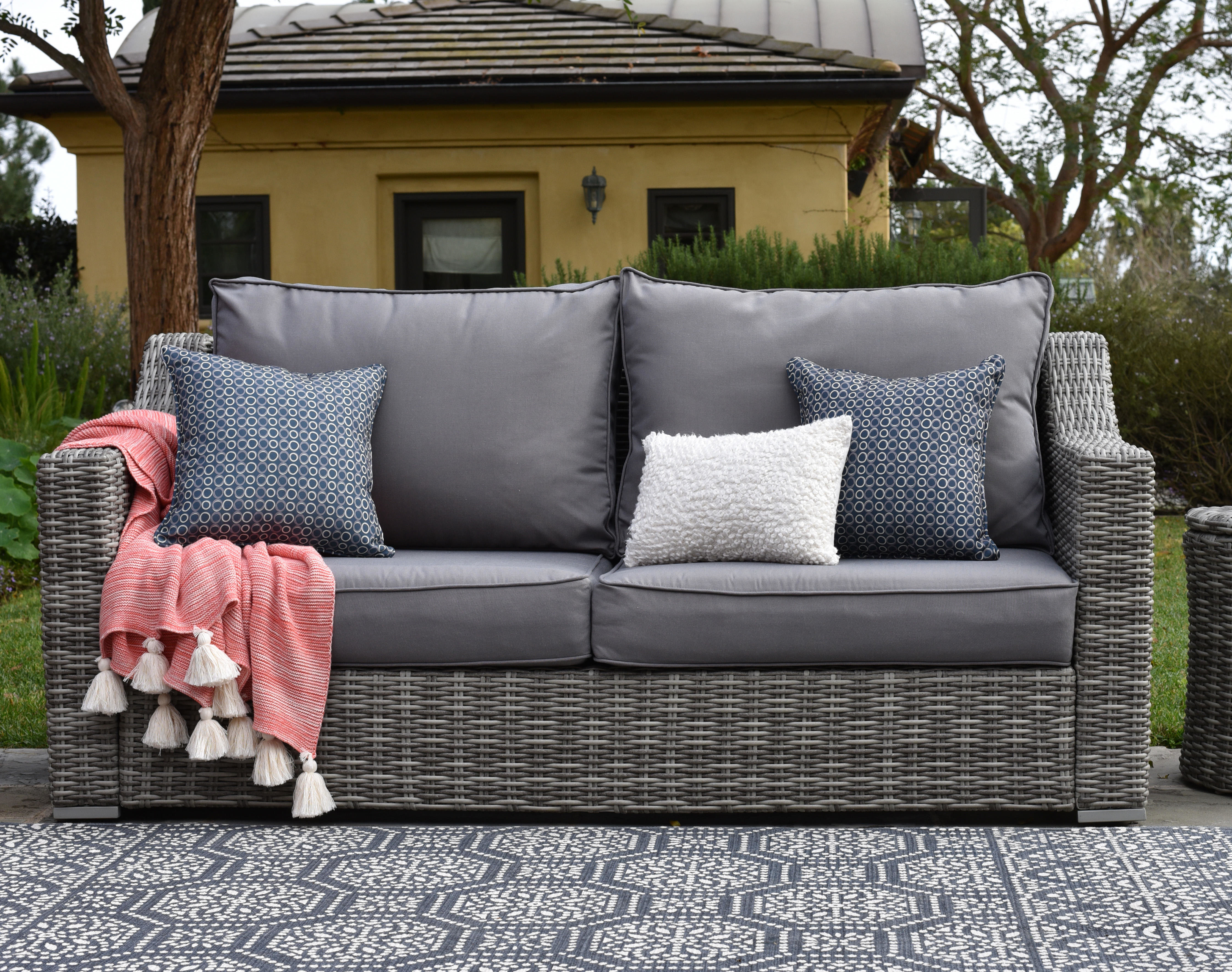 Featured Photo of Vallauris Sofa With Cushions