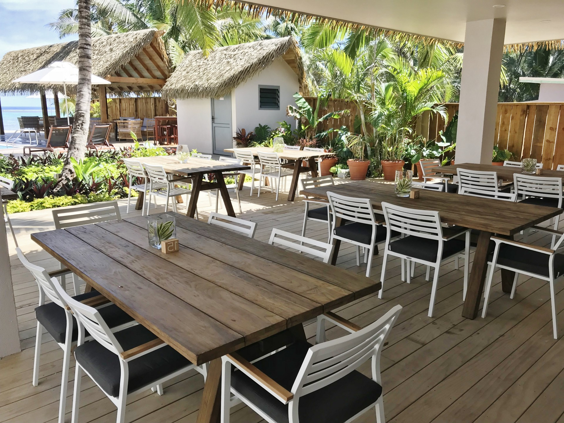 Most Recent Resort Patio Daybeds With Regard To New Cook Island Resort Launches With Oceanweave Outdoor (View 7 of 20)