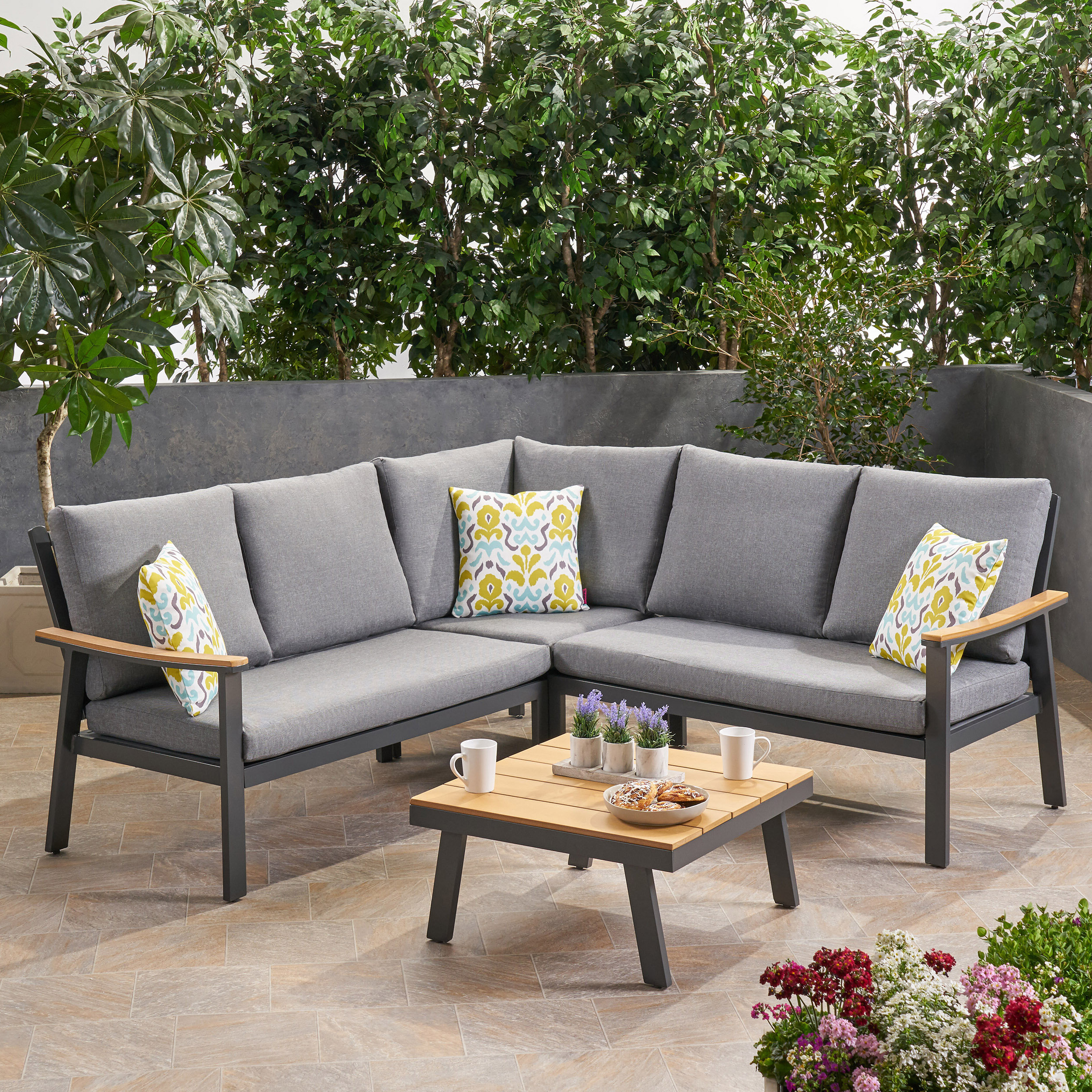 Most Recent Seaham Patio Sectionals With Cushions With Regard To Arocho Outdoor 4 Piece Sectional Seating Group With Cushions (View 4 of 20)