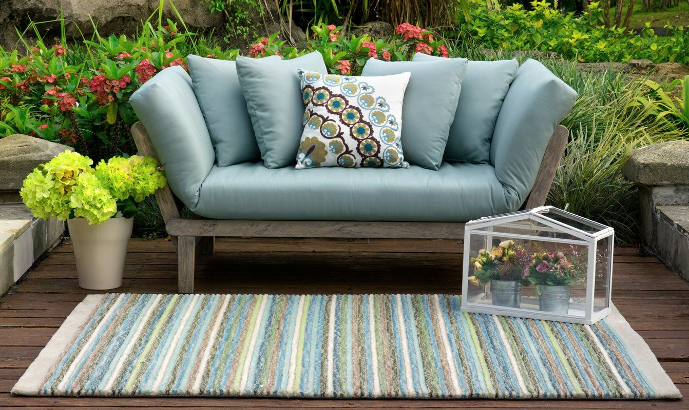Recent Englewood Loveseats With Cushions With Regard To Perfect Topped With Plush Pillows And A Cozy Throw, This (Gallery 2 of 20)