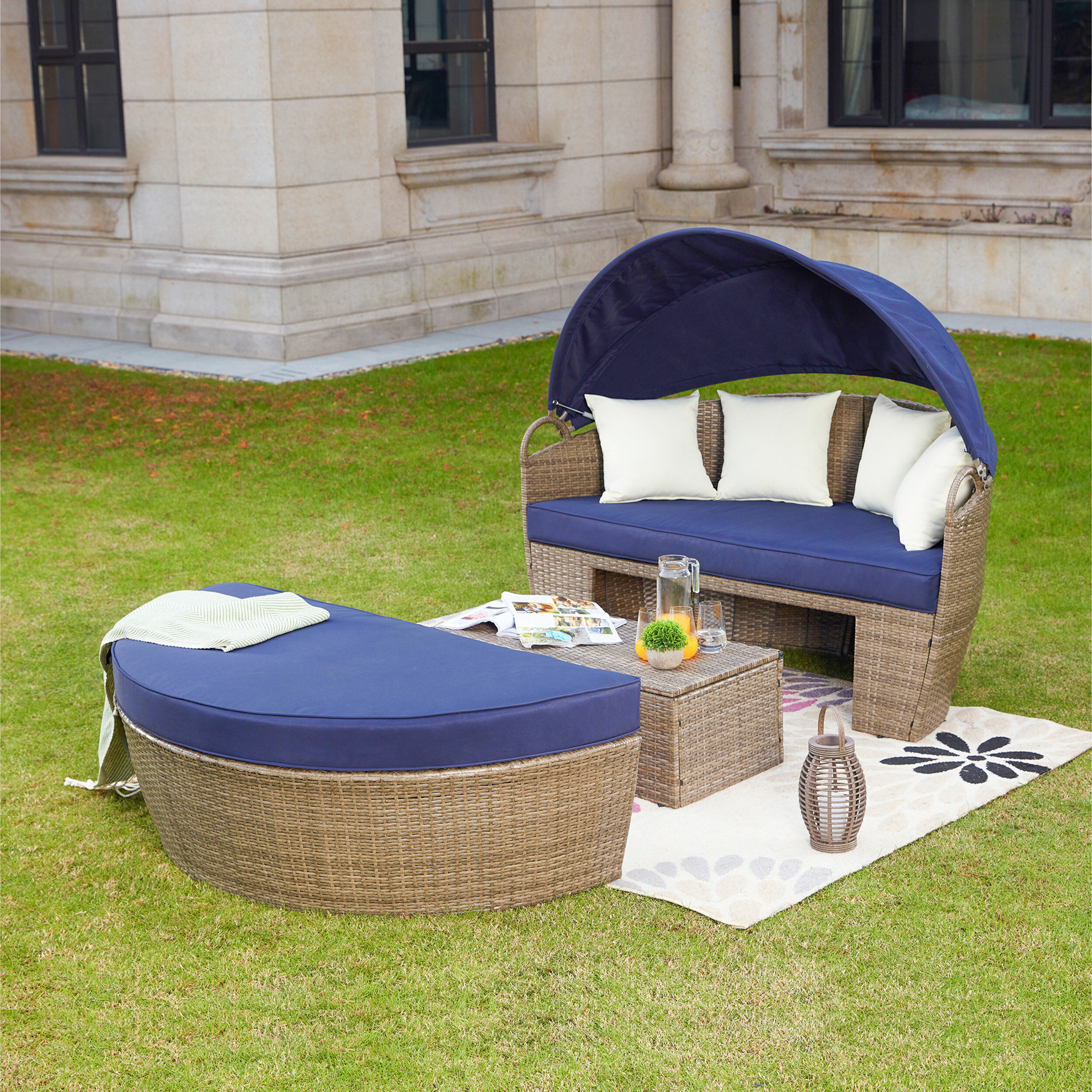 Tiana Patio Daybeds With Cushions With Regard To Well Known Fansler Patio Daybed With Cushions (View 4 of 20)