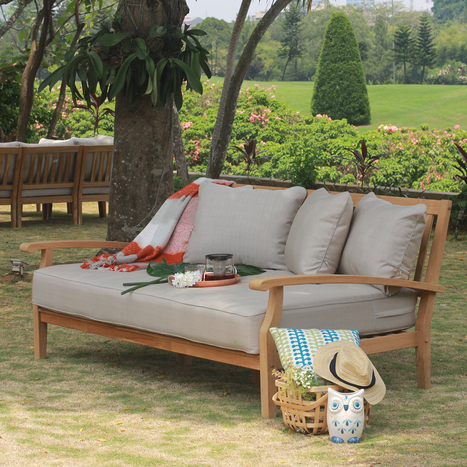 Trendy Summerton Teak Loveseats With Cushions With Summerton Teak Patio Daybed With Cushion (View 19 of 20)