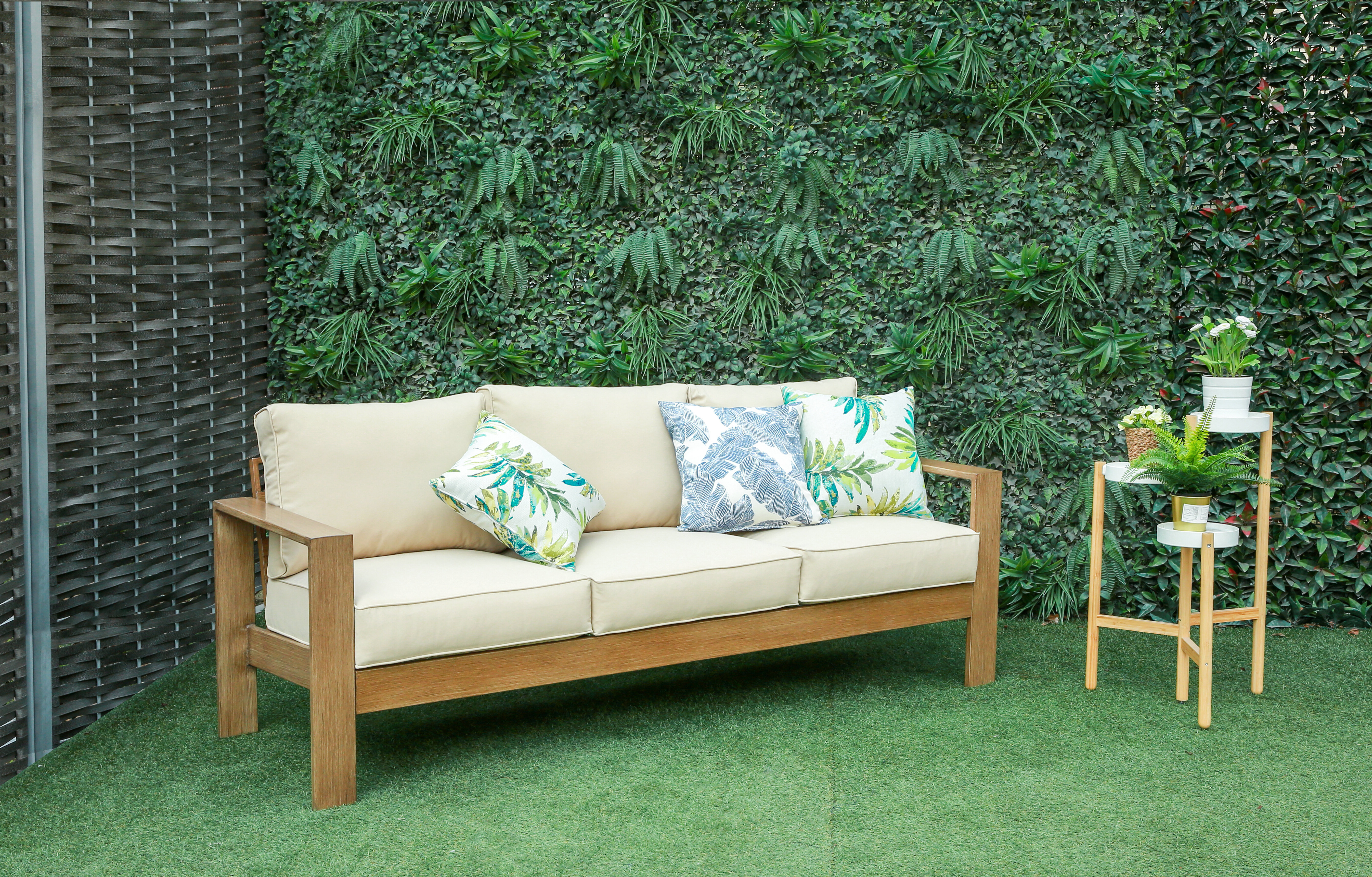Yoselin Patio Sofas With Cushions Inside Most Popular Adamson Patio Sofa With Cushions (View 19 of 20)