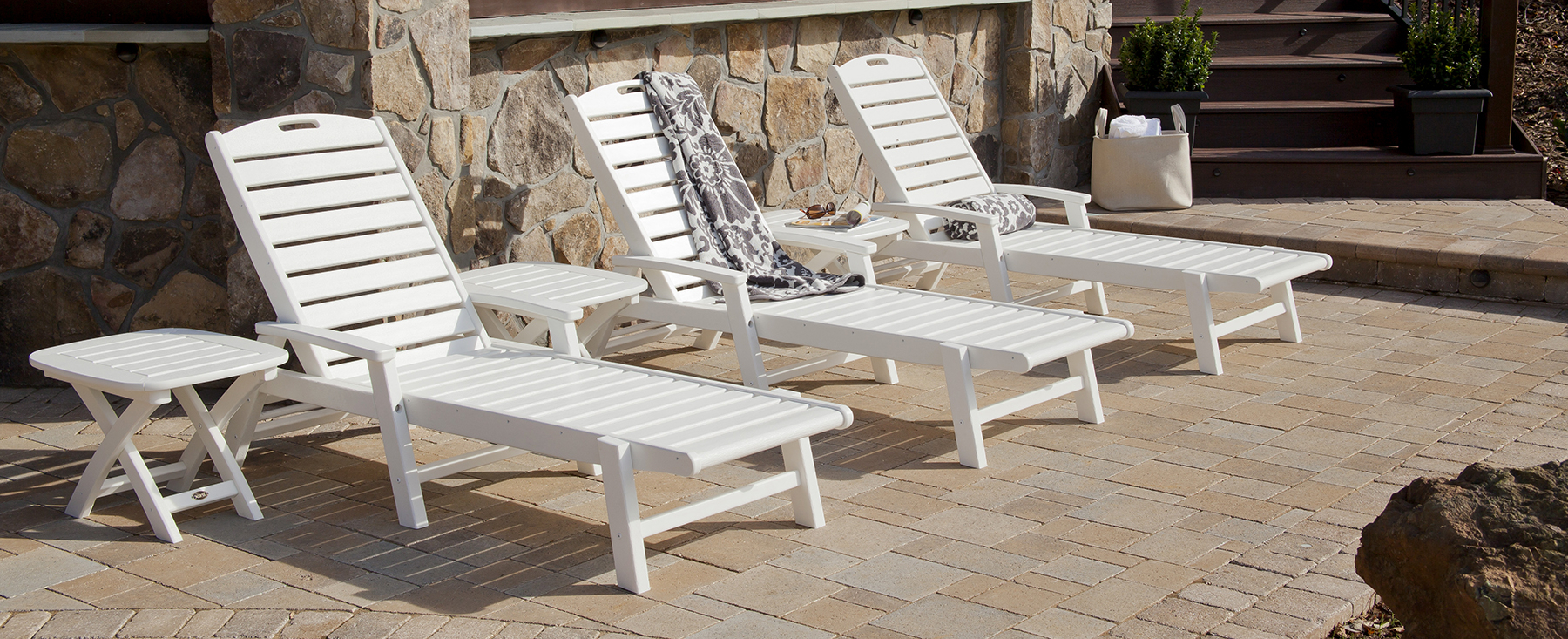 2020 Wood Blue And White Cushion Outdoor Chaise Lounge Chairs Intended For The Shopper's Guide To Buying An Outdoor Chaise Lounge (View 4 of 25)