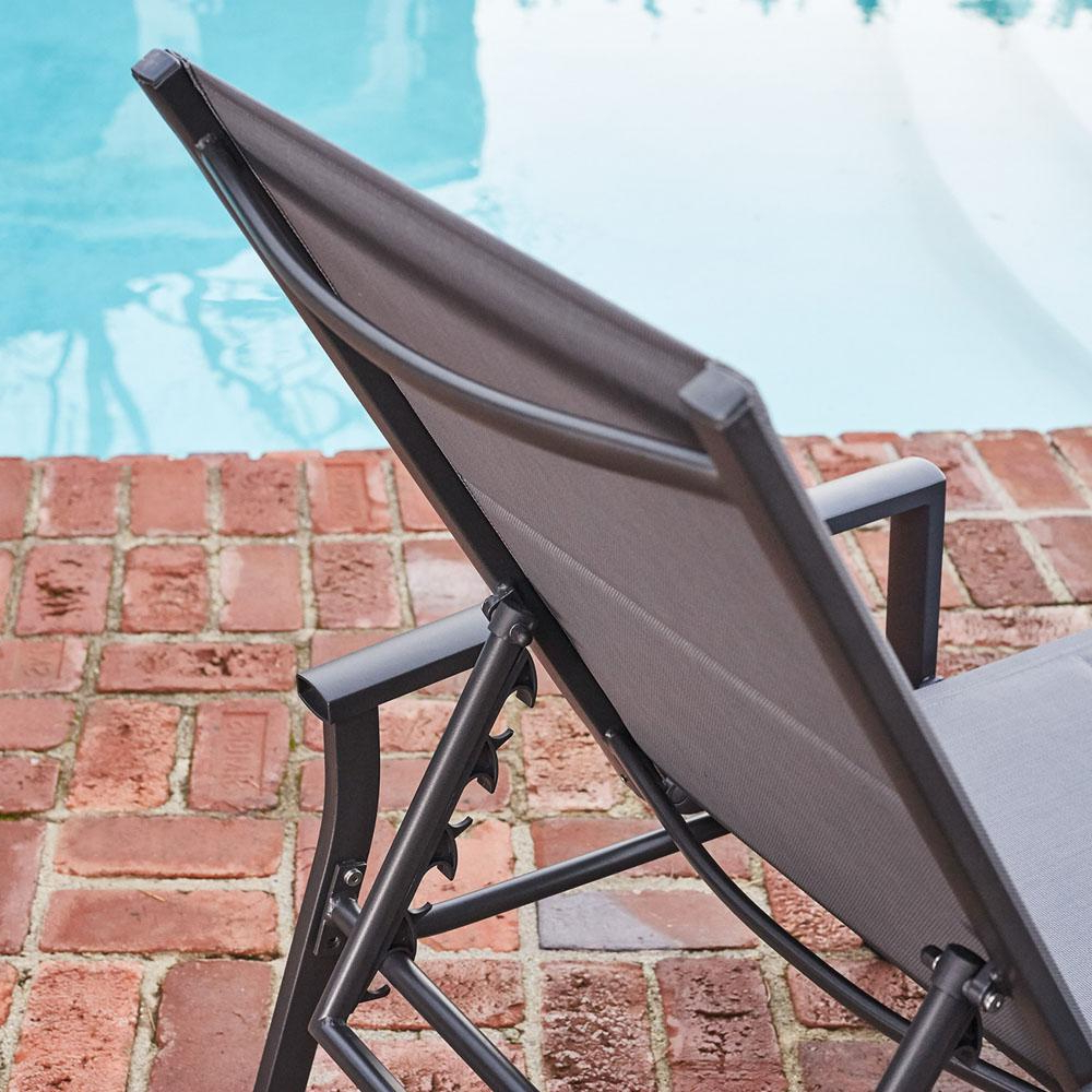 Antonio Sling Fabric Adjustable Outdoor Chaise Lounges Inside Preferred Hanover Halsted Aluminum Outdoor Chaise Lounge With Padded Sling Seat In  Gray (View 2 of 25)