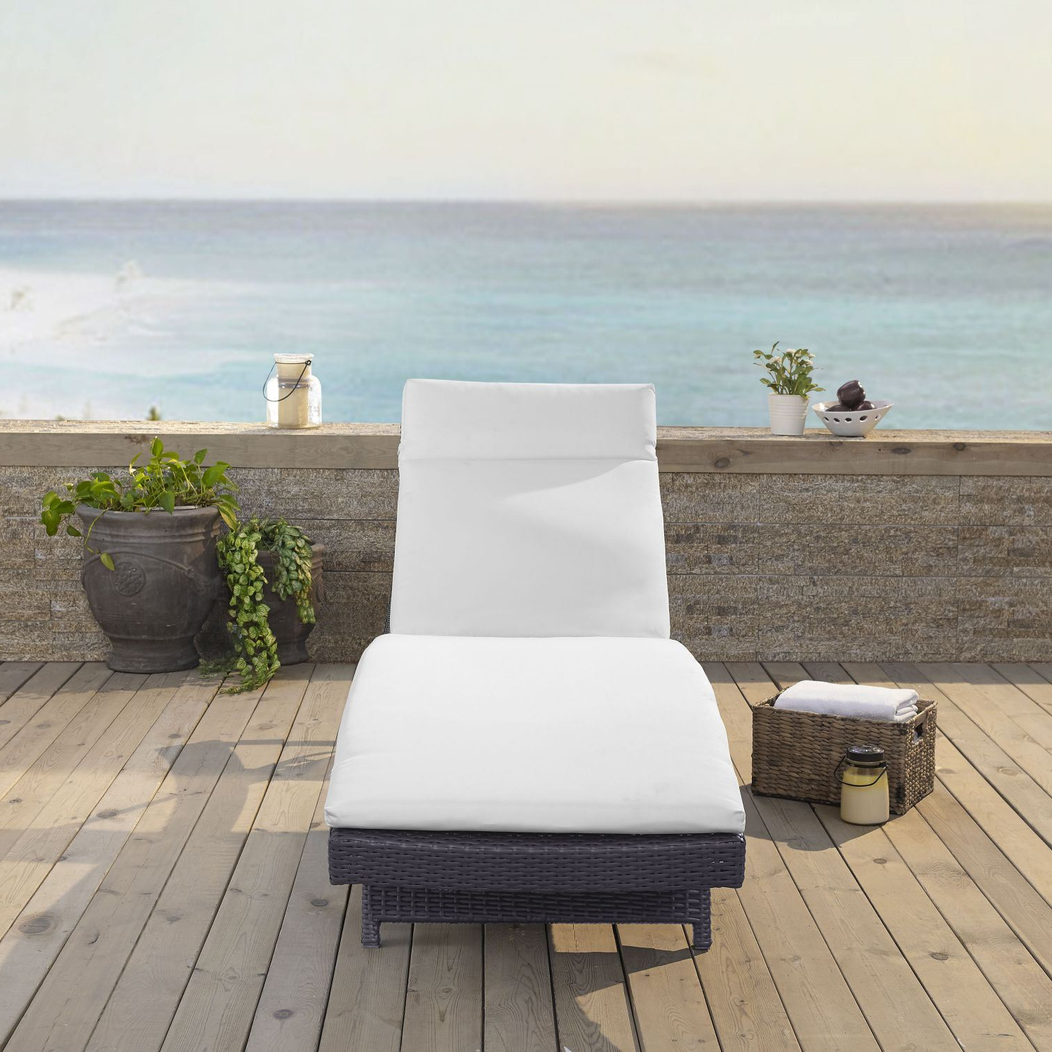 Biscayne Chaise Lounge With Well Known Biscayne White Chaise Lounge Chairs (View 10 of 25)