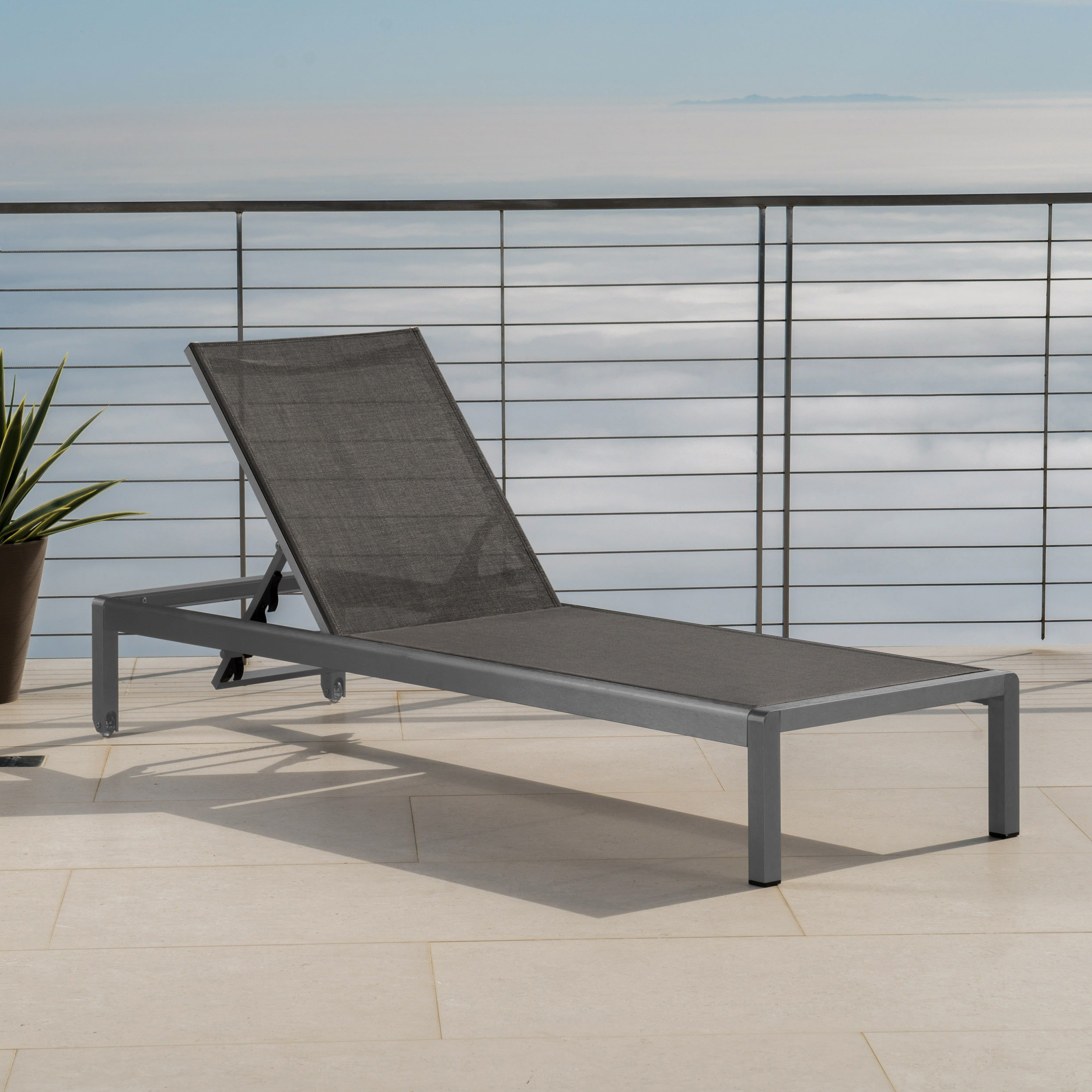 Featured Photo of Cape Coral Outdoor Aluminum Chaise Lounges