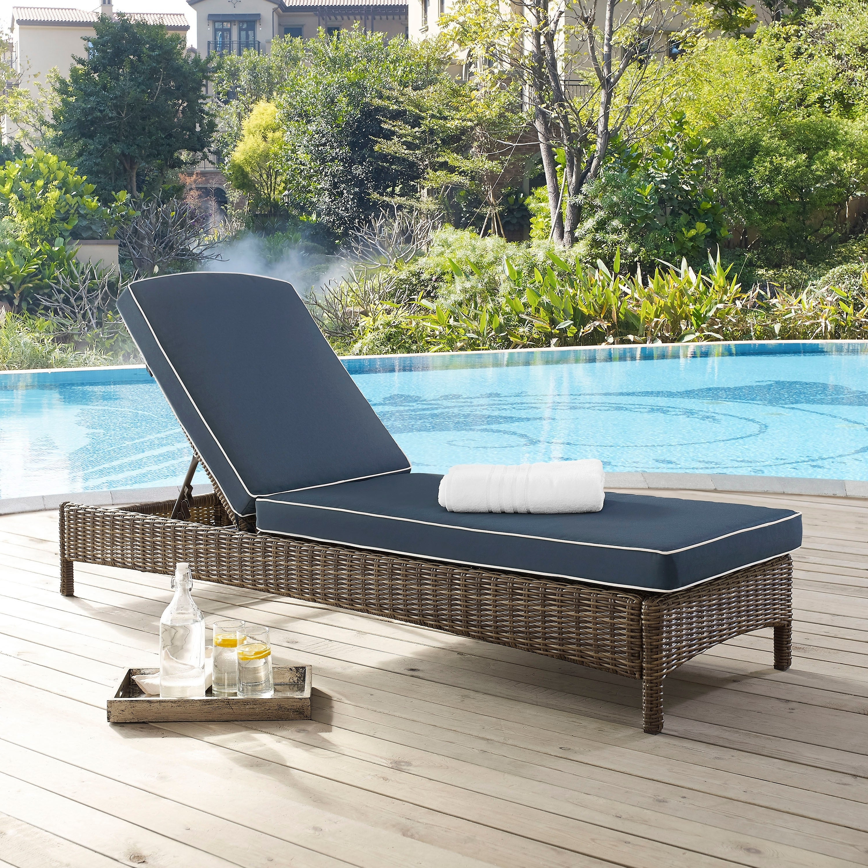 Featured Photo of Bradenton Outdoor Wicker Chaise Lounges with Cushions