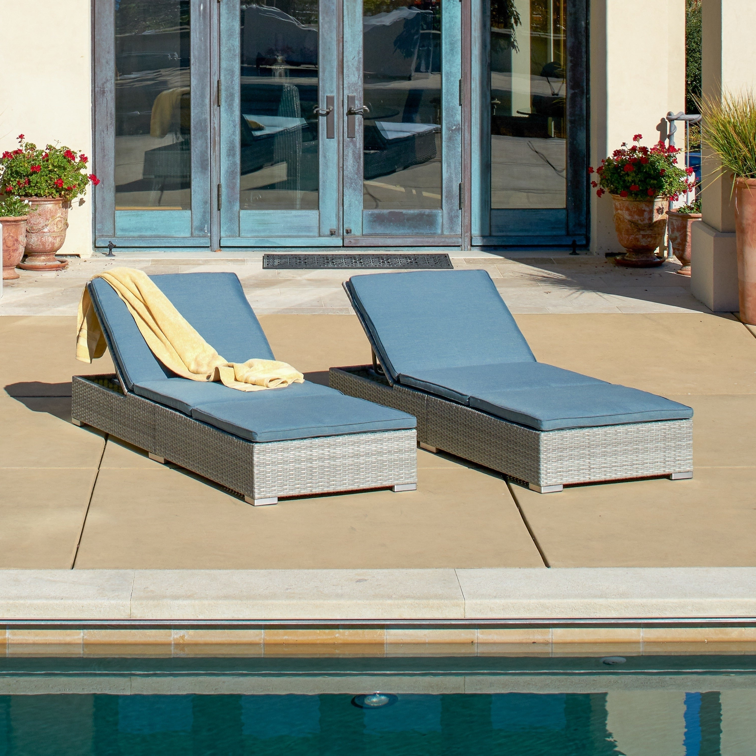 Featured Photo of Outdoor Wicker Adjustable Chaise Lounges With Cushions