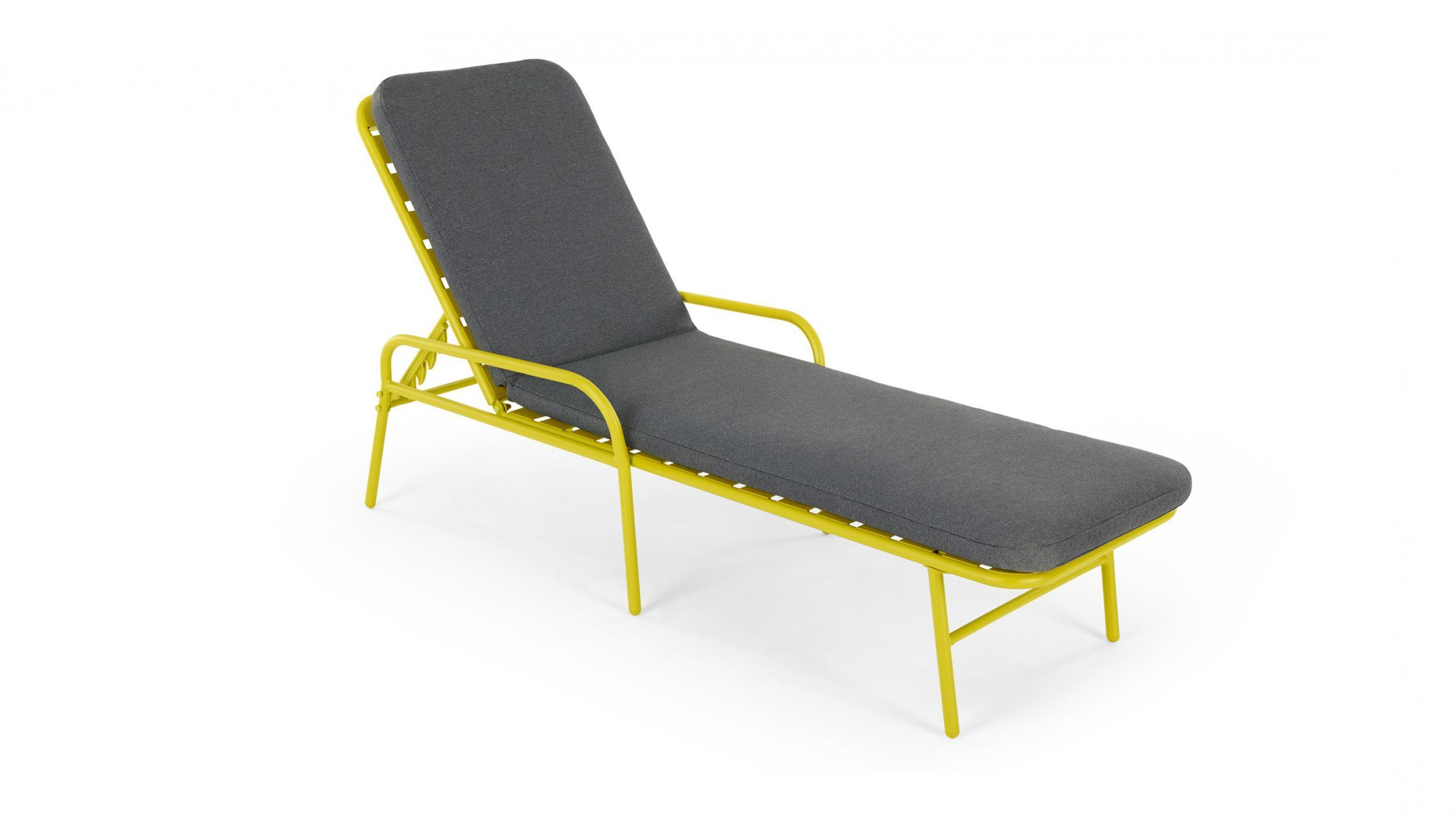 Famous Best Sun Lounger: Choose From Styles That Are Comfortable Regarding Curved Folding Chaise Loungers (View 8 of 25)