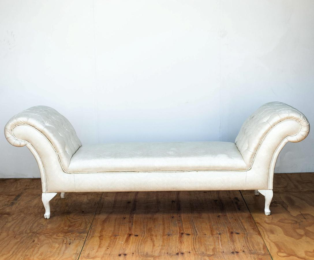 Latest Pearl Chaise Lounges Within Pearl Deep Buttoned Chaise Lounge (View 7 of 25)