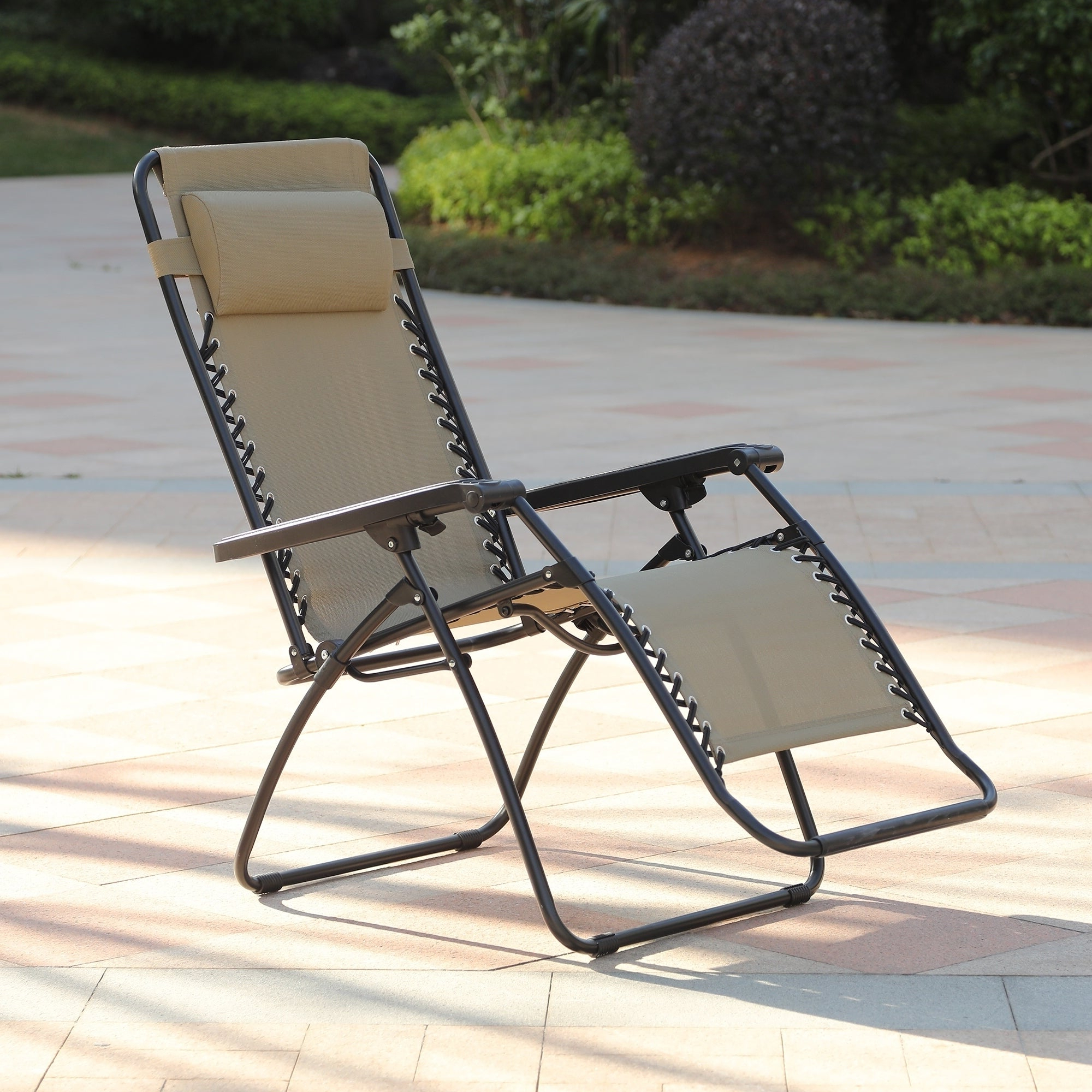 Mesh Fabric With Steel Frame Chairs With Canopy And Tray Pertaining To Fashionable Havenside Home Glovertown Zero Gravity Chair (View 11 of 25)