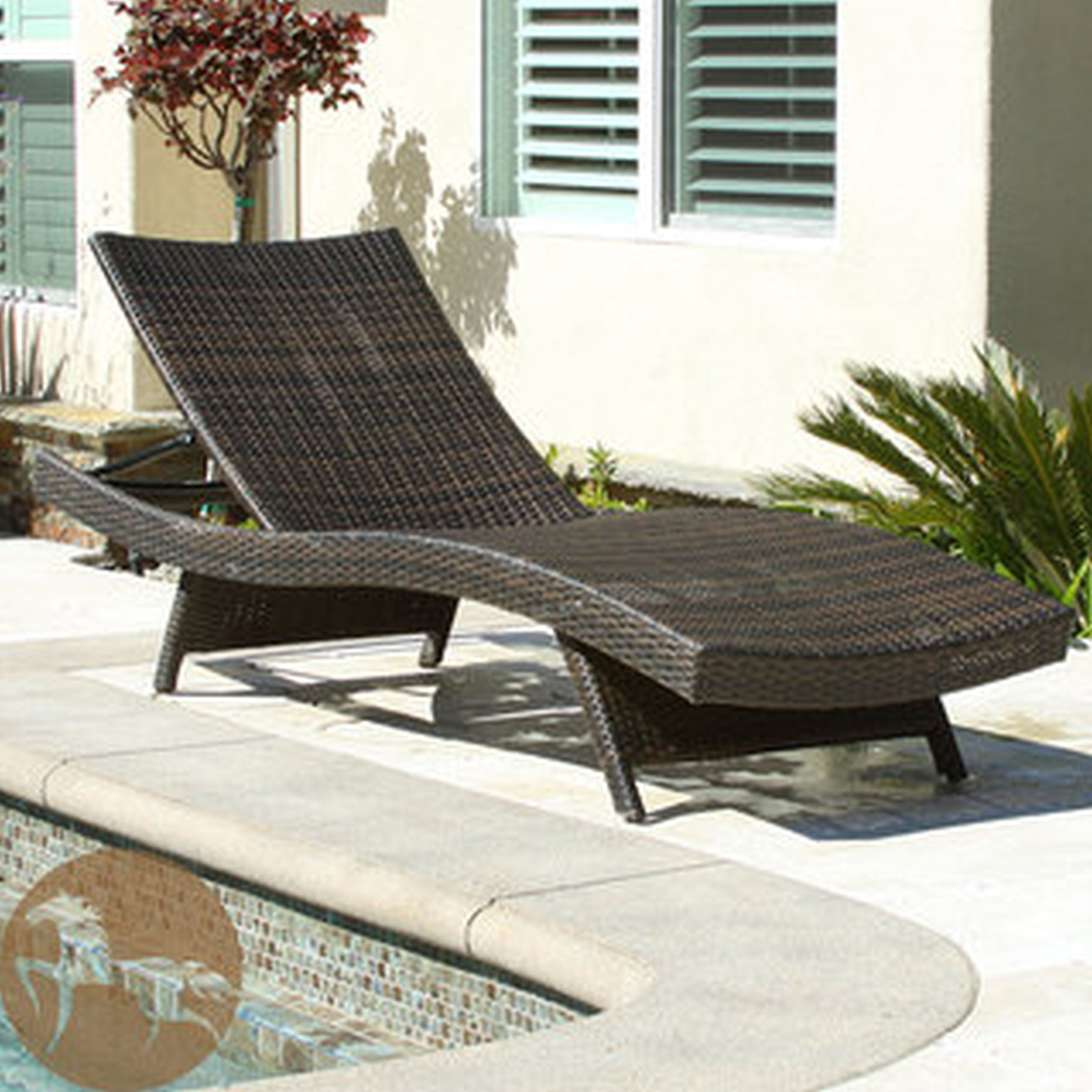 Most Recent All Weather Rattan Wicker Chaise Lounges With Regard To Gutaussehend Wicker Outdoor Chaise Lounge Chairs Cl Keter (View 19 of 25)