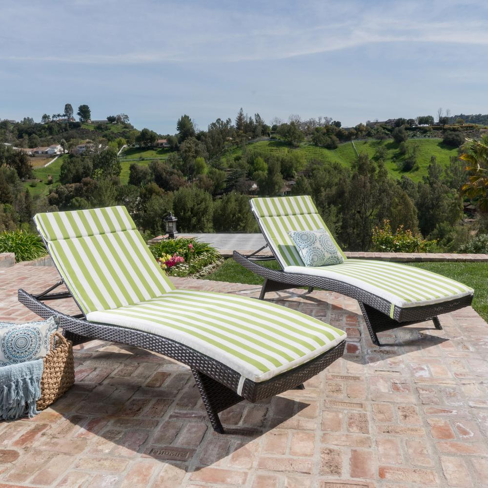 Most Recent White Wicker Adjustable Chaise Loungers With Cushions Inside Salem Multi Brown 4 Piece Wicker Outdoor Chaise Lounge With Green/ White  Stripe Cushions (View 10 of 25)