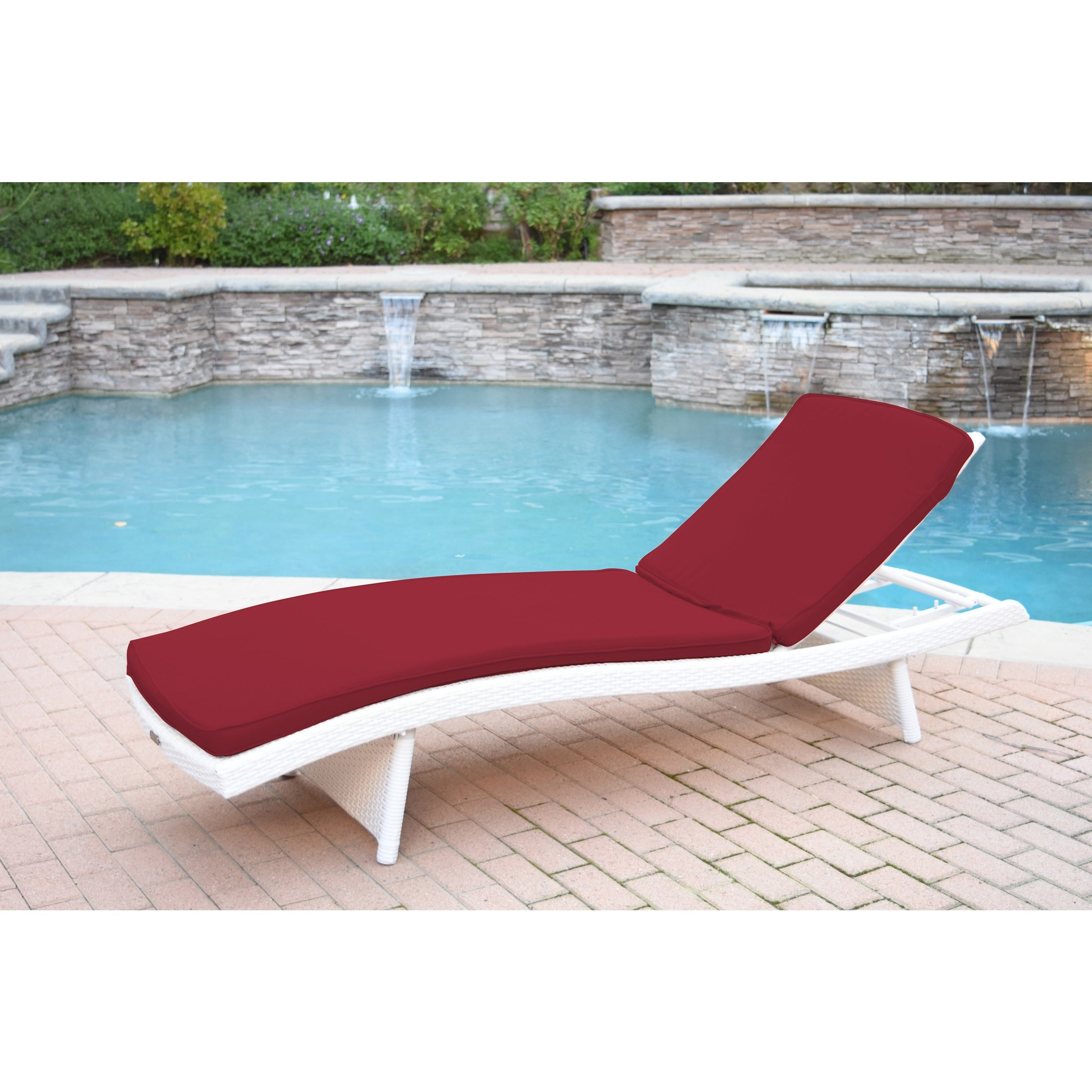Most Recent White Wicker Adjustable Chaise Loungers With Cushions Regarding White Wicker Adjustable Chaise Lounger With Cushions (View 11 of 25)