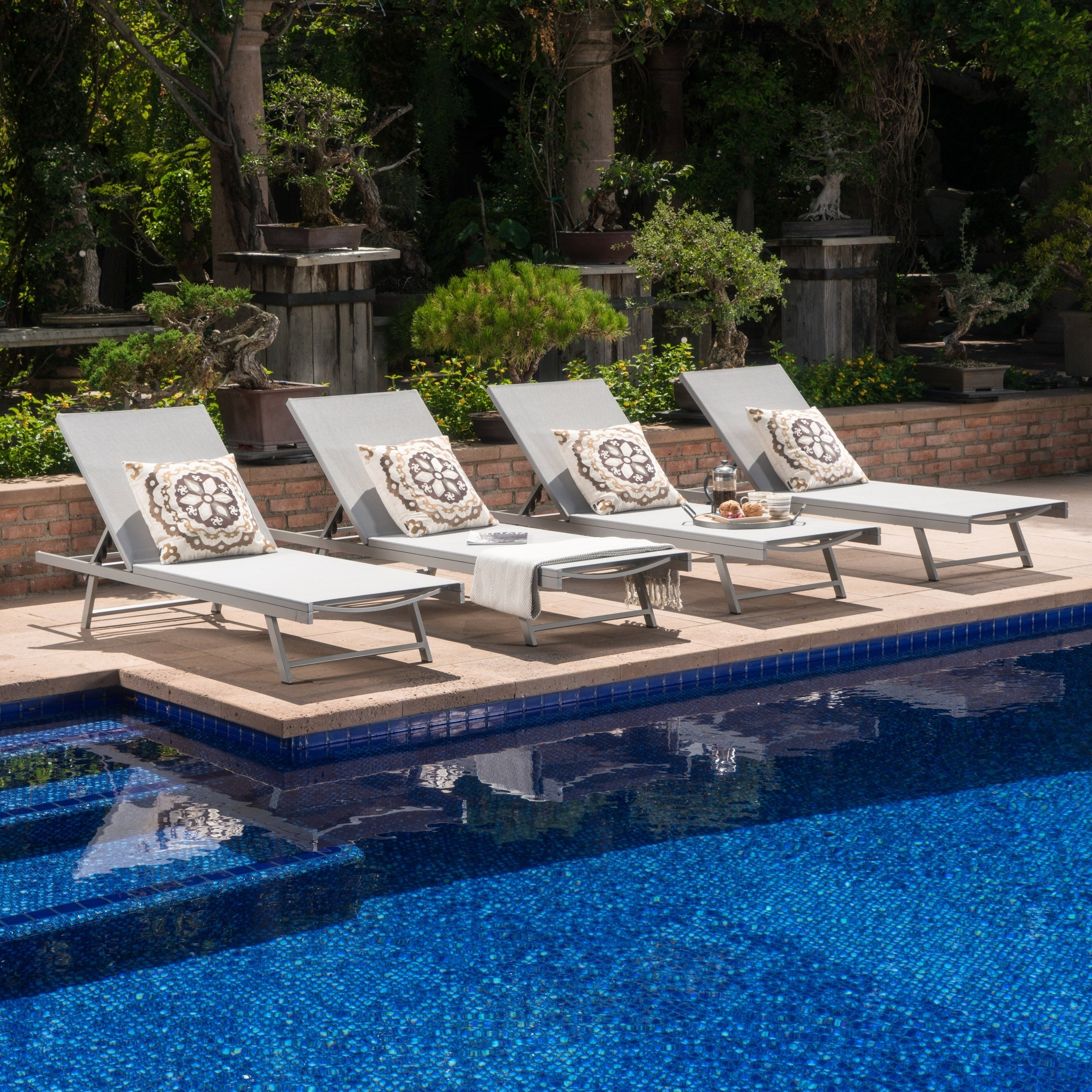 Outdoor Aluminum Chaise Lounges Intended For Fashionable Salton Outdoor Aluminum Chaise Lounge (set Of 4)christopher Knight Home (Gallery 24 of 25)