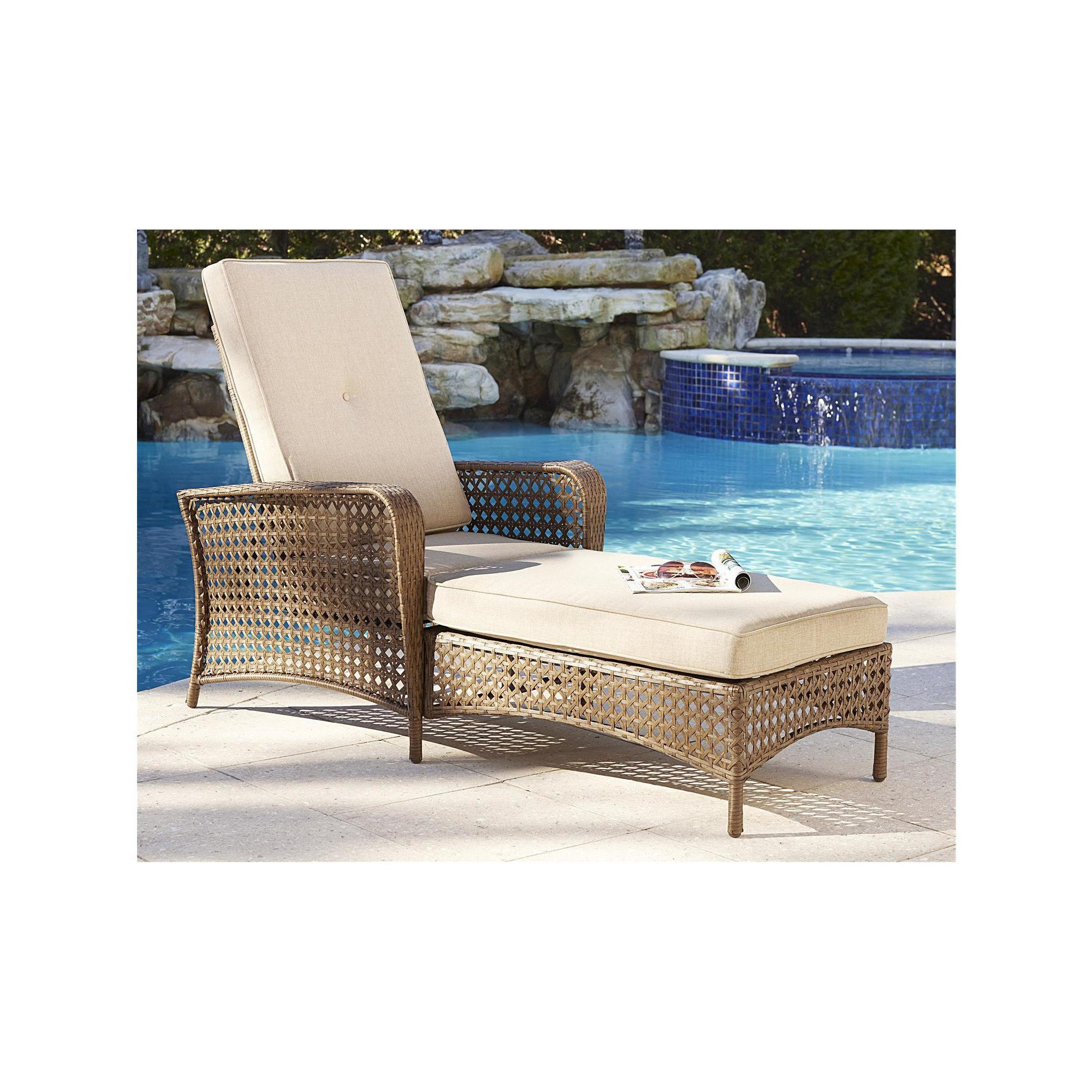 Outdoor Wicker Adjustable Chaise Lounges With Cushions Intended For 2020 Lakewood Ranch Steel Woven Wicker Outdoor Adjustable Chaise (View 15 of 25)