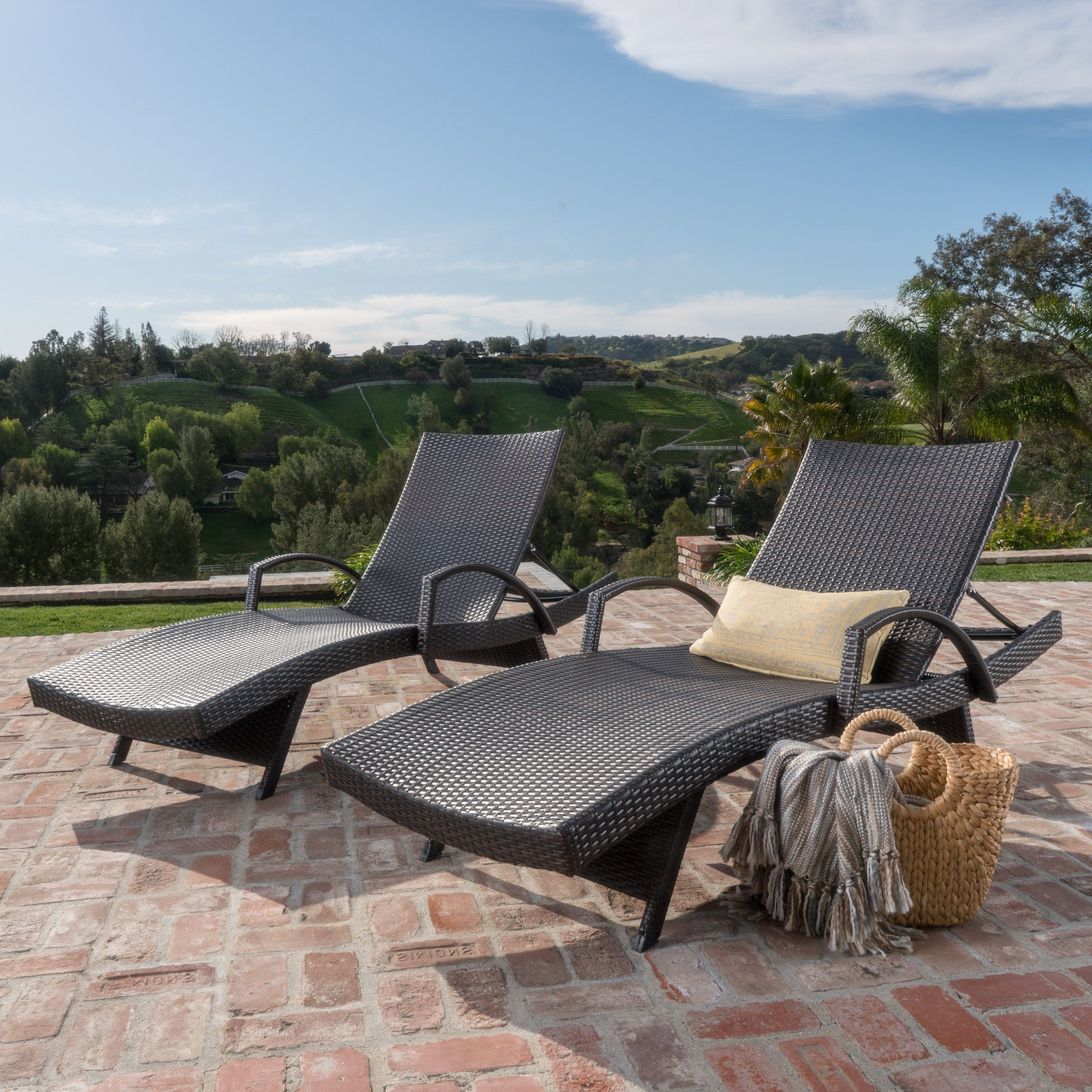 Outdoor Wicker Chaise Lounge Chairs Regarding Fashionable Toscana Outdoor Wicker Armed Chaise Lounge Chair (set Of 2)christopher Knight Home (View 9 of 25)