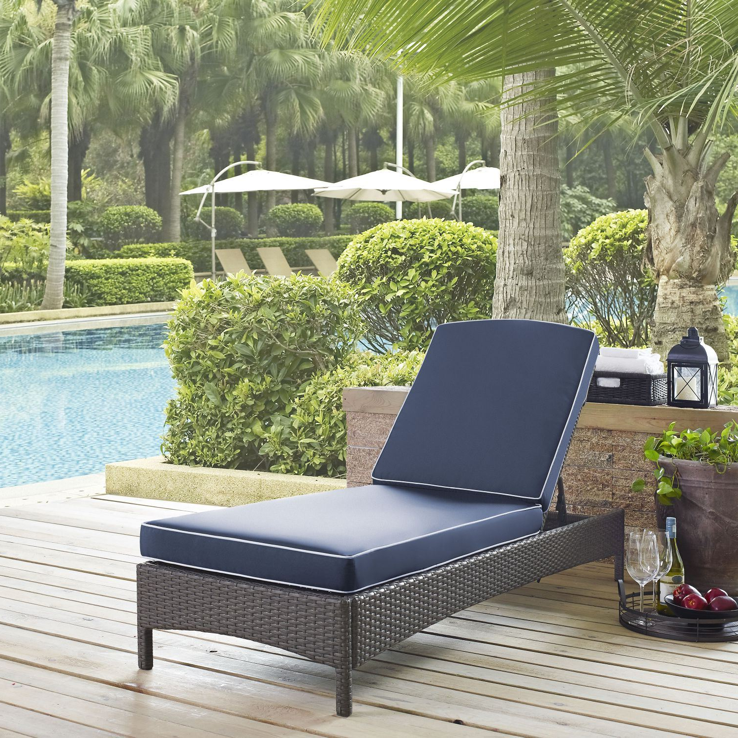 Outdoor Wicker Chaise Lounge Chairs Throughout Favorite Palm Harbor Outdoor Wicker Chaise Lounge*d (Gallery 25 of 25)