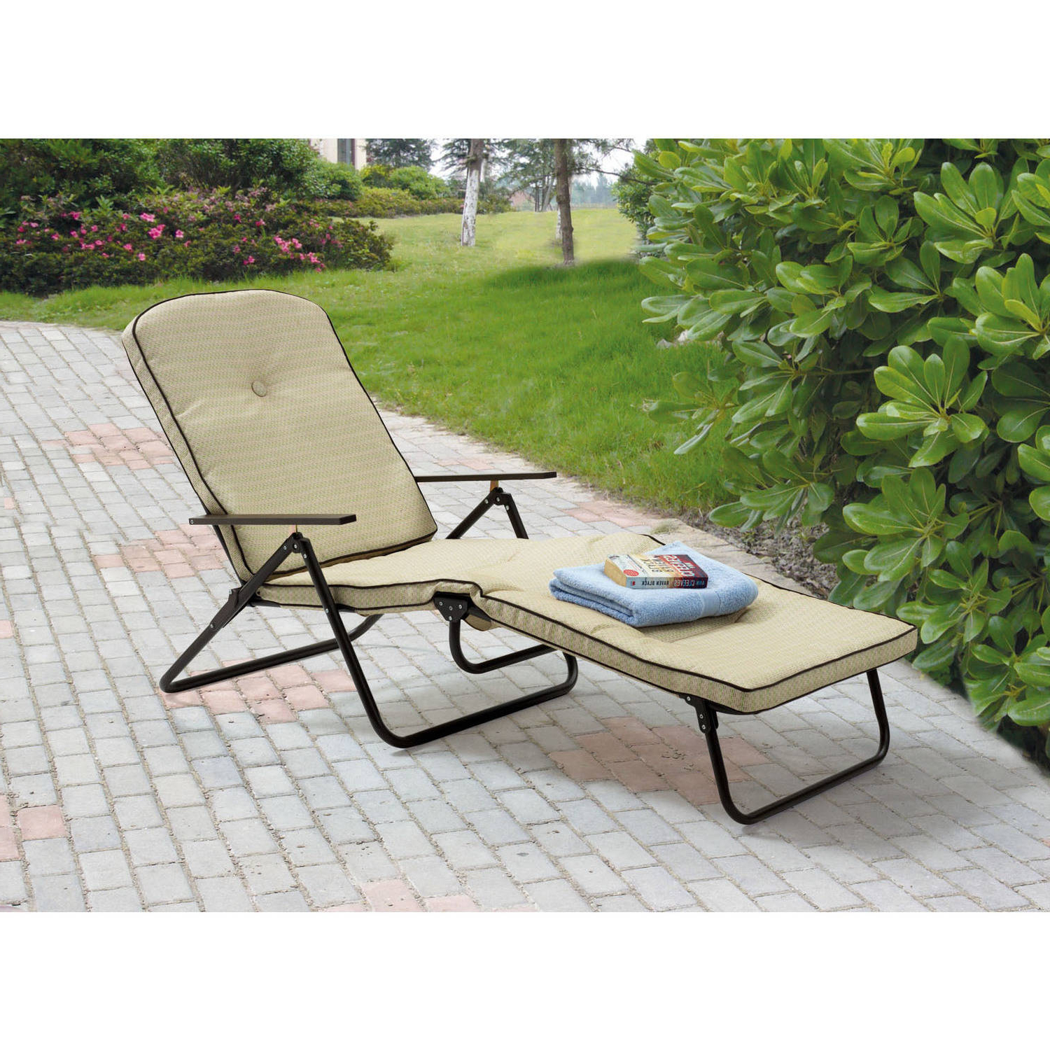 Outdoor Yard Pool Recliner Folding Lounge Table Chairs Regarding Fashionable Mainstays Sand Dune Outdoor Padded Folding Chaise Lounge, Tan (View 3 of 25)