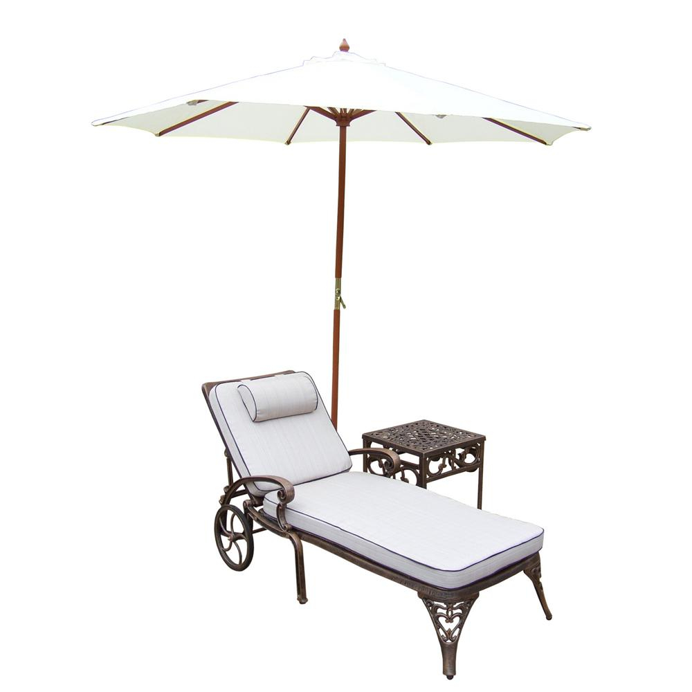 Popular Lattice Outdoor Patio Pool Chaise Lounges With Wheels And Cushion For 4 Piece Aluminum Patio Chaise Lounge Set With Tan Cushions And White Umbrella (View 11 of 25)