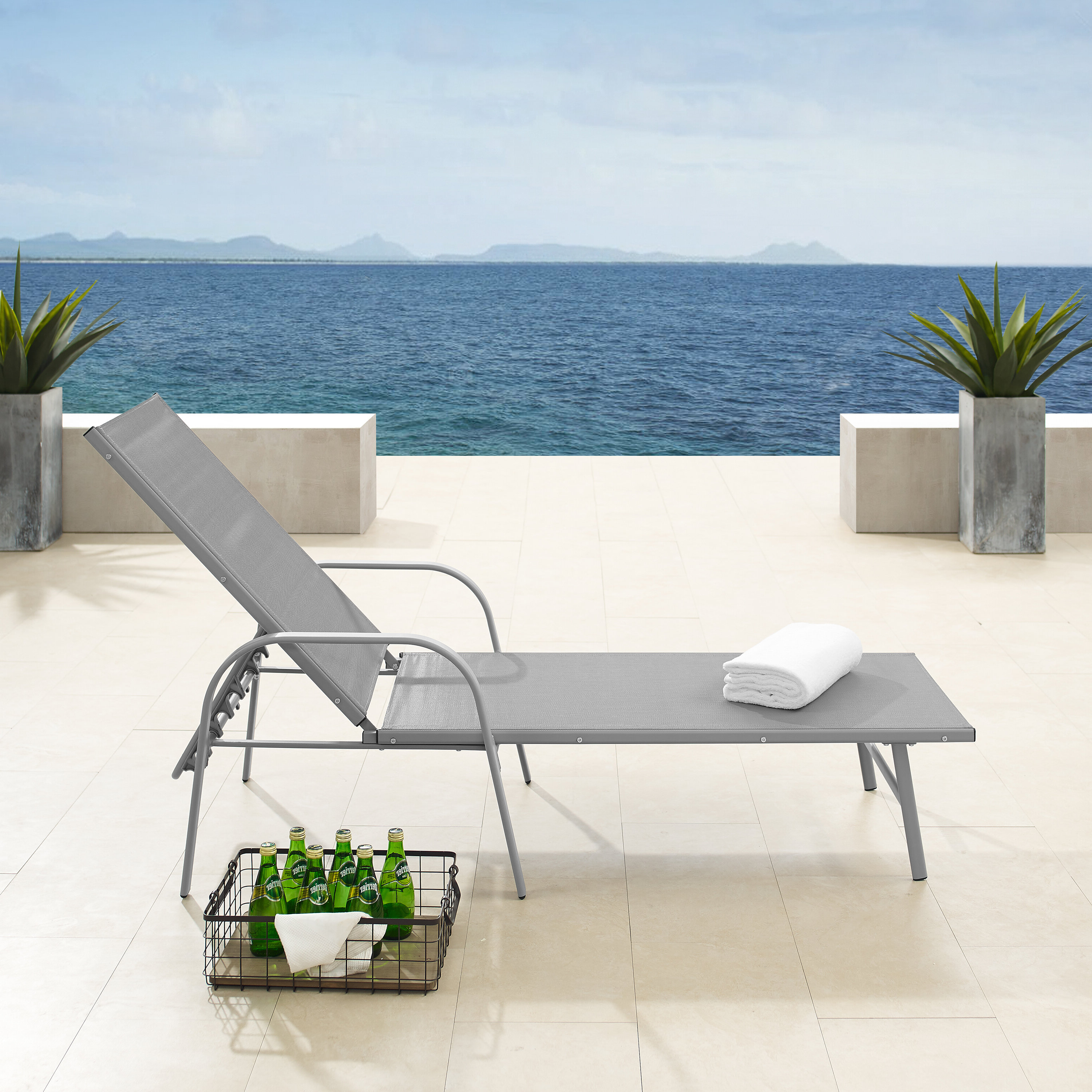 Preferred Fabric Reclining Outdoor Chaise Lounges Intended For Vassilieva Reclining Chaise Lounge (Gallery 24 of 25)