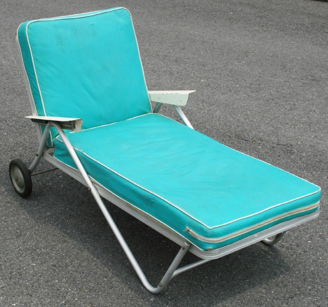 Recent Vtg Aluminum Bunting Lounge Chair Rolling Chaise (View 19 of 25)