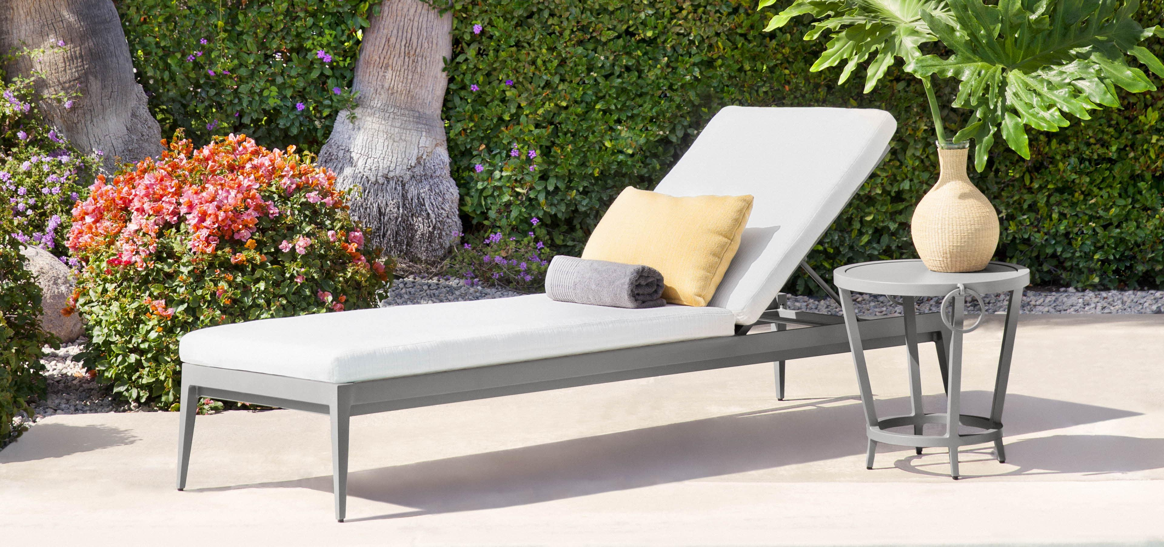 Residential & Commercial Outdoor Regarding Best And Newest Outdoor Cart Wheel Adjustable Chaise Lounge Chairs (View 16 of 25)