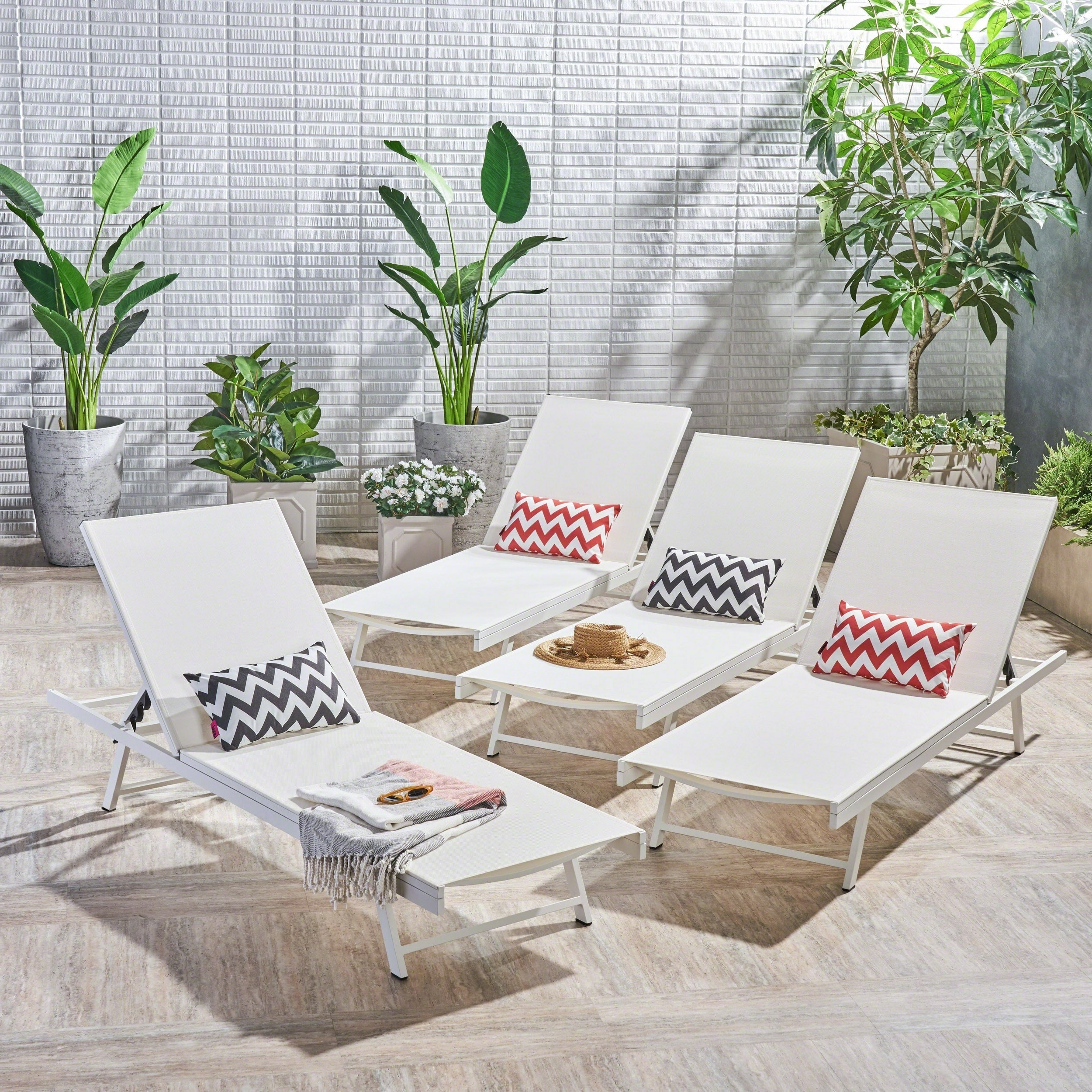 Salton Outdoor Aluminum Chaise Lounge (Set Of 4)Christopher Knight Home In Popular Salton Outdoor Aluminum Chaise Lounges (View 14 of 25)