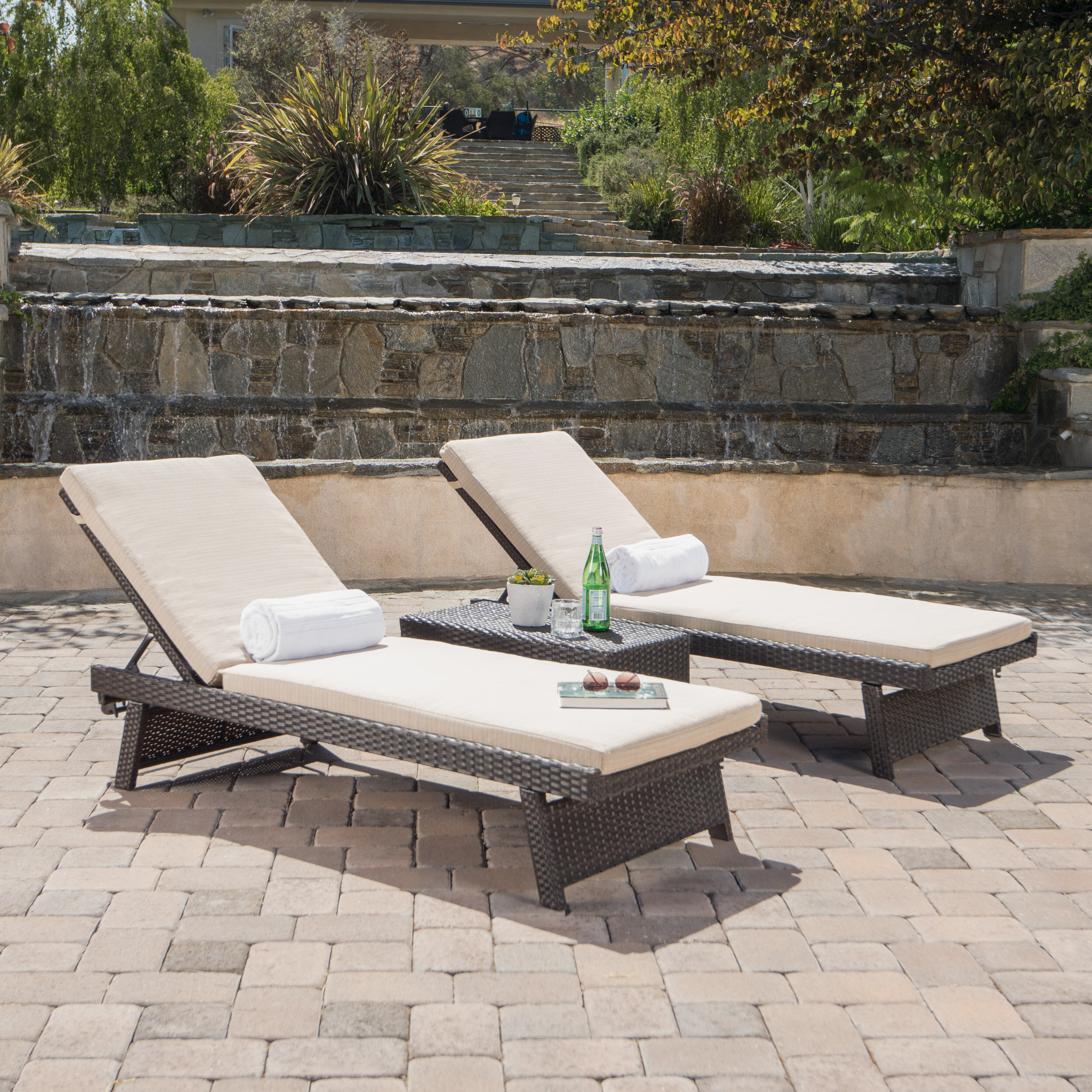 Shore Alumunium Outdoor 3 Piece Chaise Lounger Sets Throughout Fashionable Wenzel 3 Piece Chaise Lounge Set (View 18 of 25)