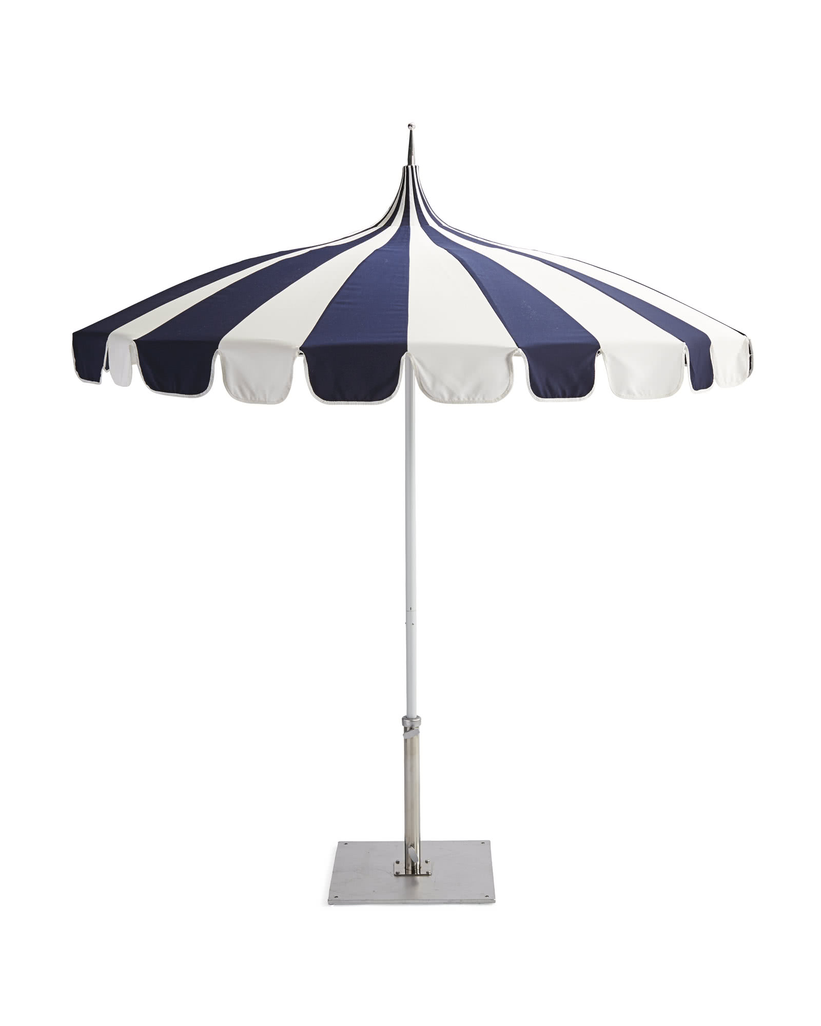 Striped Outdoor Chaises With Umbrella Inside Most Current Eastport Striped Umbrella (View 16 of 25)