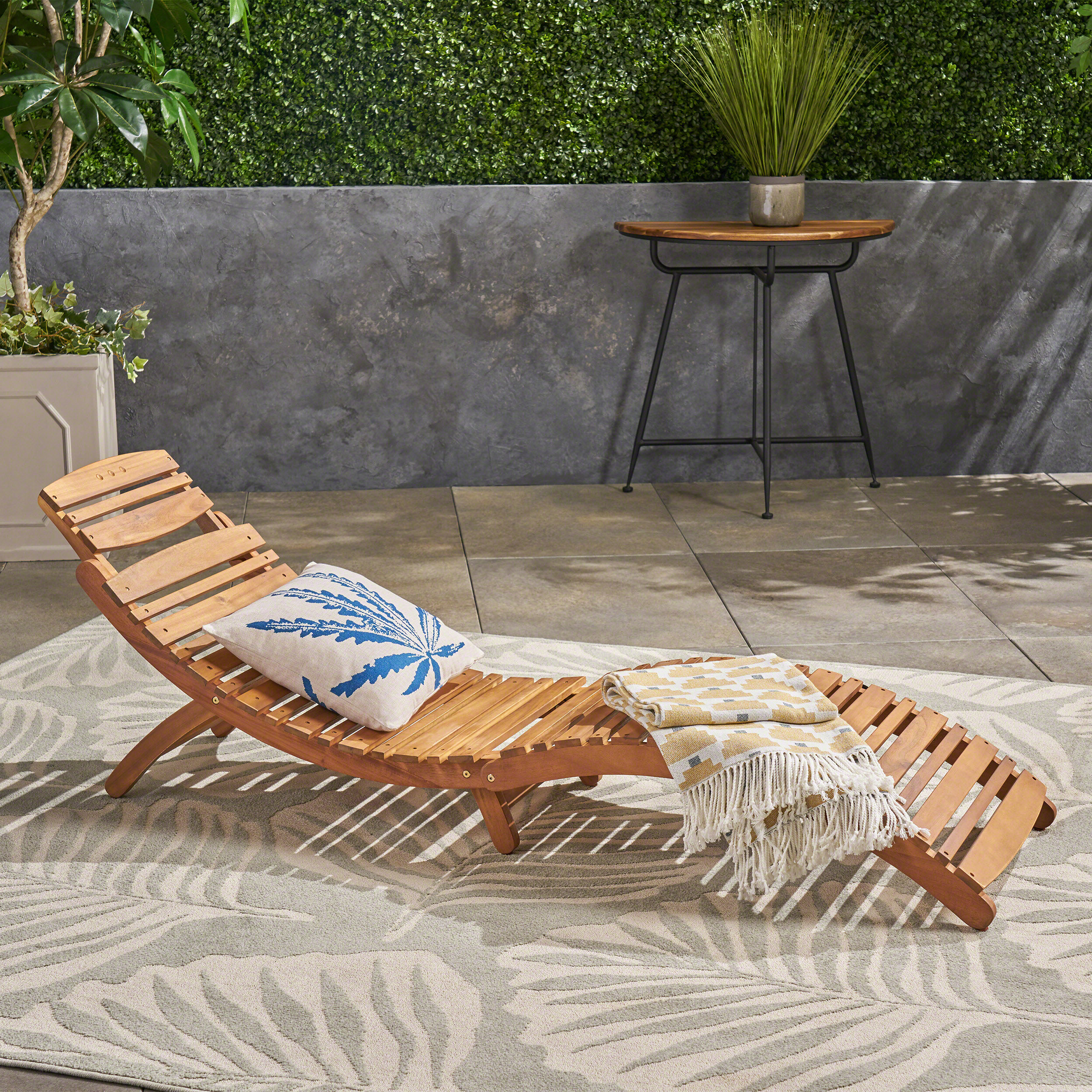 Tifany Wood Outdoor Chaise Lounge Throughout Most Popular Curved Folding Chaise Loungers (View 11 of 25)
