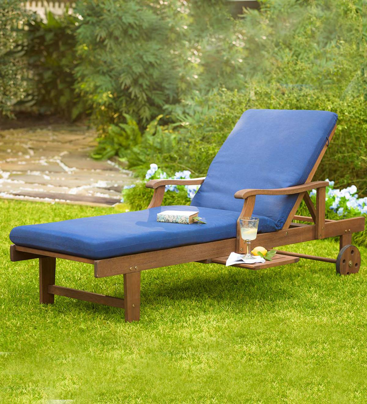 Trendy Claremont Eucalyptus Outdoor Chaise Lounge (View 13 of 25)