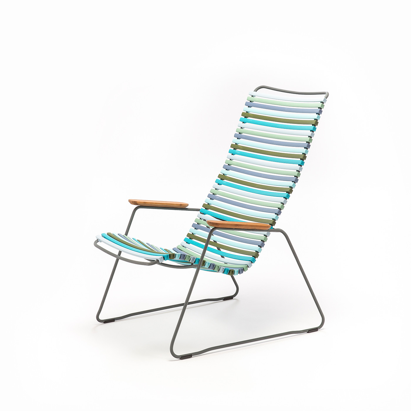 Well Known Outdoor Lounge Chair (Gallery 23 of 25)