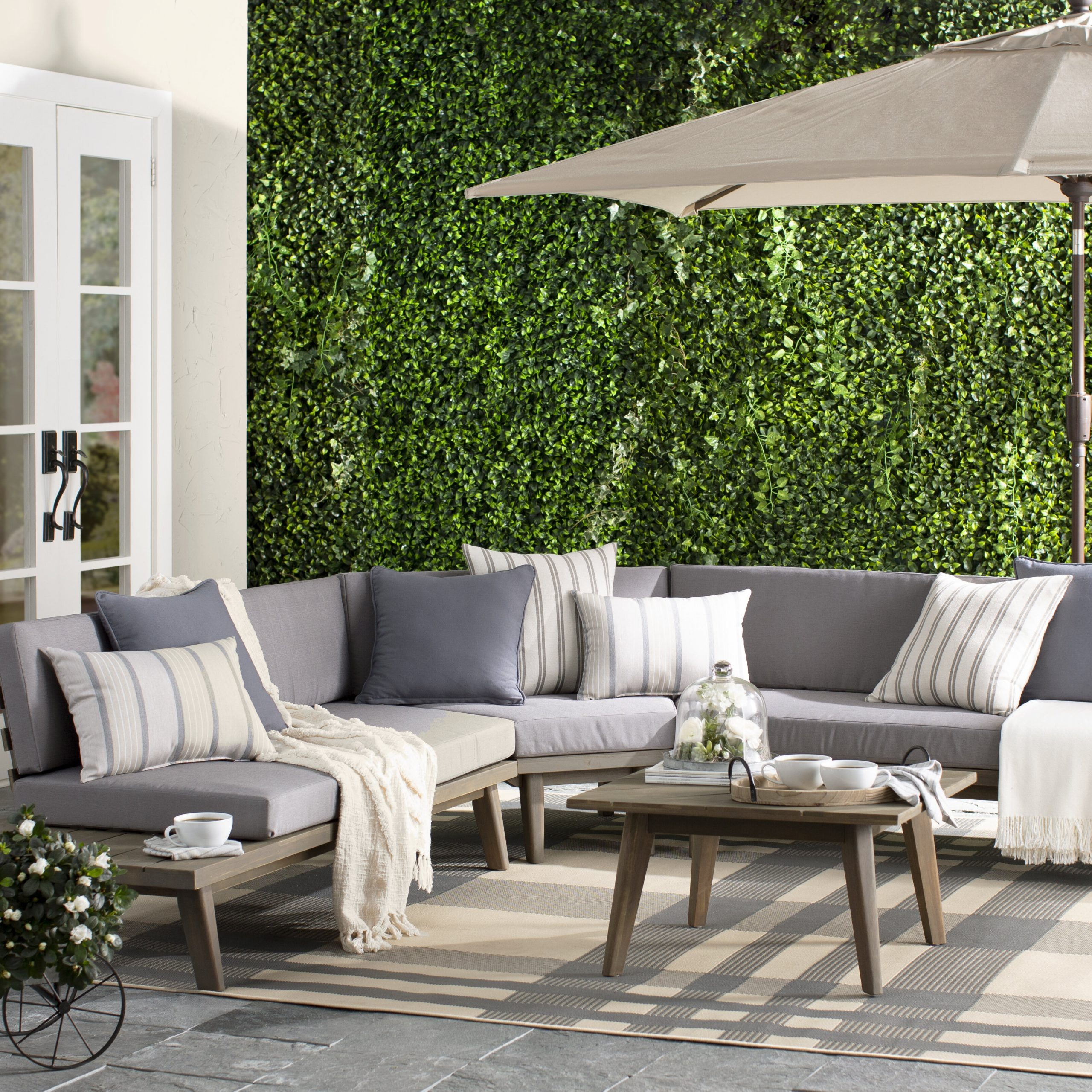 Calloway 4 Piece Sectional Seating Group With Cushions Pertaining To Popular Olinda 3 Piece Sectionals Seating Group With Cushions (View 23 of 25)