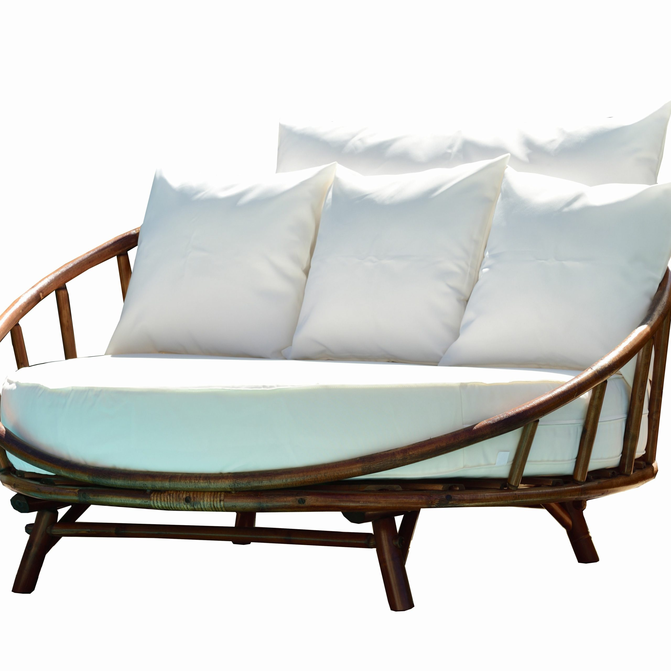 Ellanti Patio Daybeds With Cushions Inside Most Current Olu Bamboo Large Round Patio Daybed With Cushions (View 10 of 25)