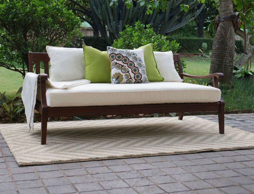 Featured Photo of Dowling Patio Daybeds with Cushion