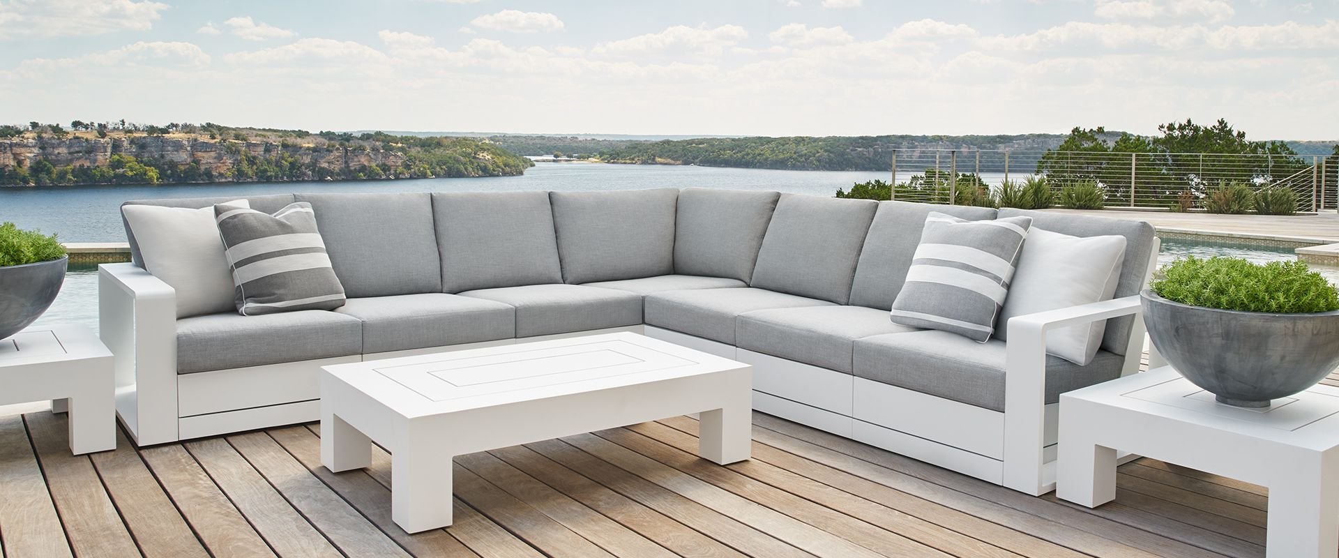 Luxury Outdoor Furniture And Indoor Within Well Known Boyce Outdoor Patio Sectionals With Cushions (Gallery 22 of 25)