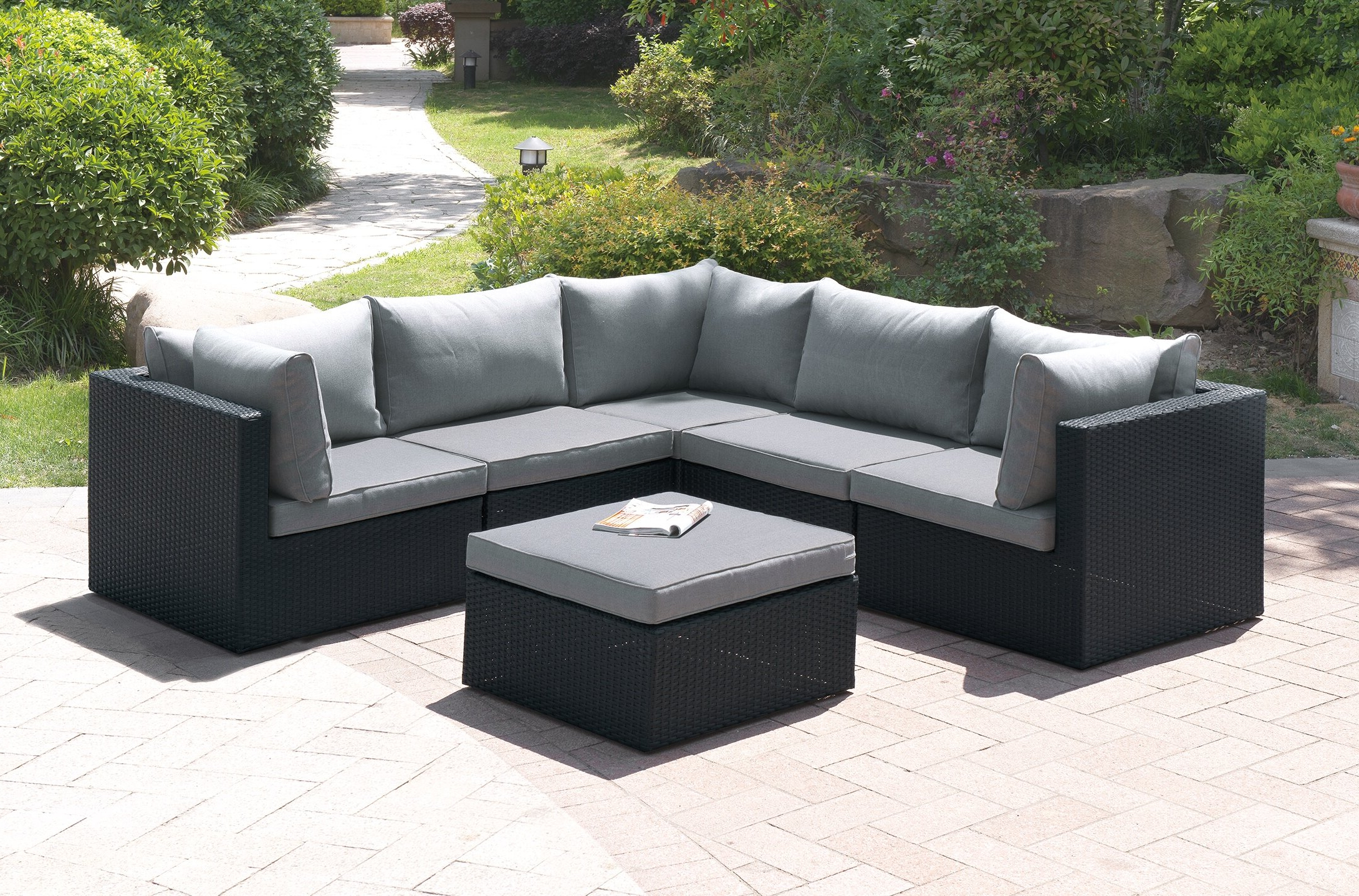Most Popular Boyce Outdoor Patio Sectionals With Cushions Within Landose 6 Piece Sectional Seating Group With Cushion (View 13 of 25)