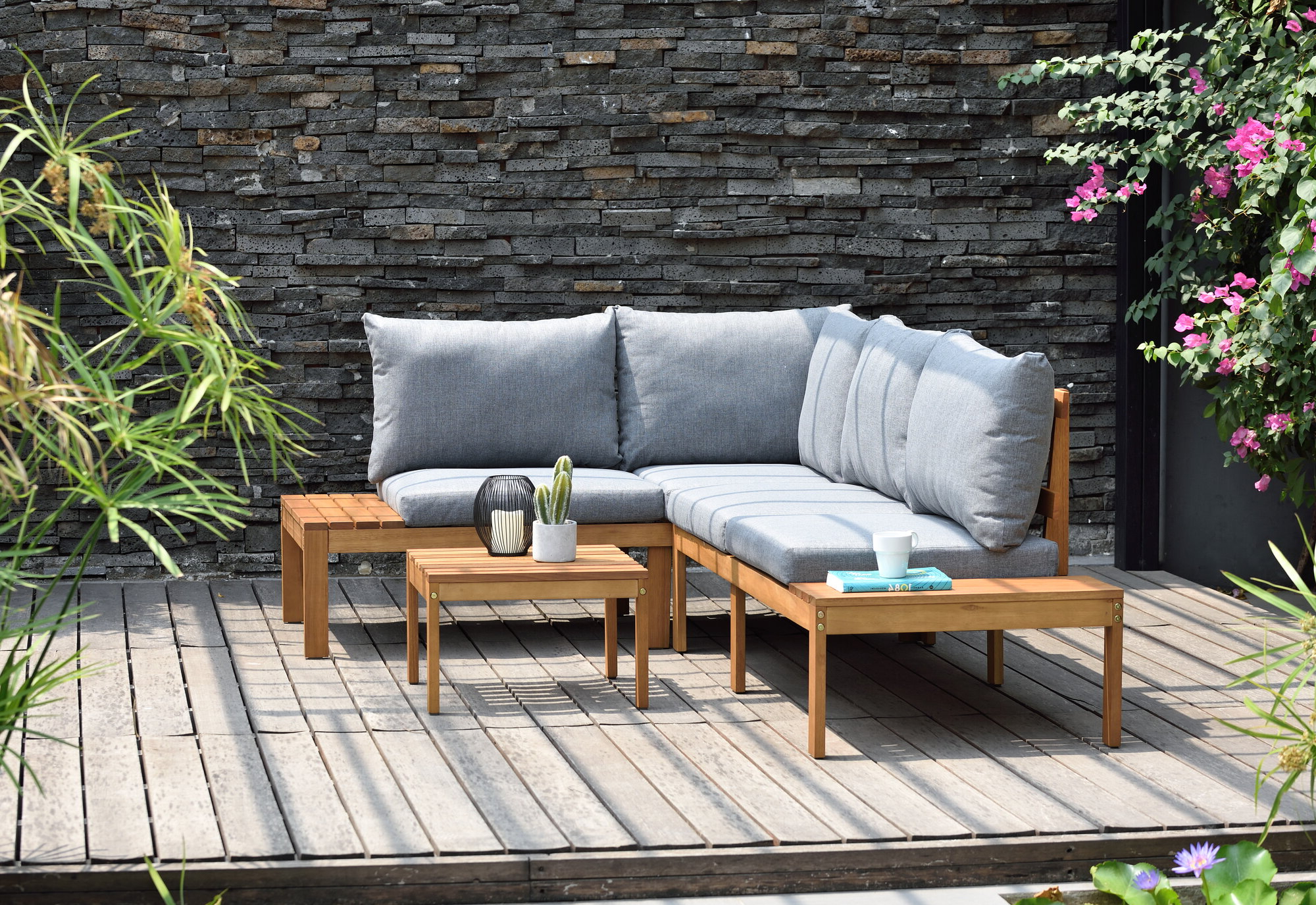 Featured Photo of Olinda 3 Piece Sectionals Seating Group With Cushions