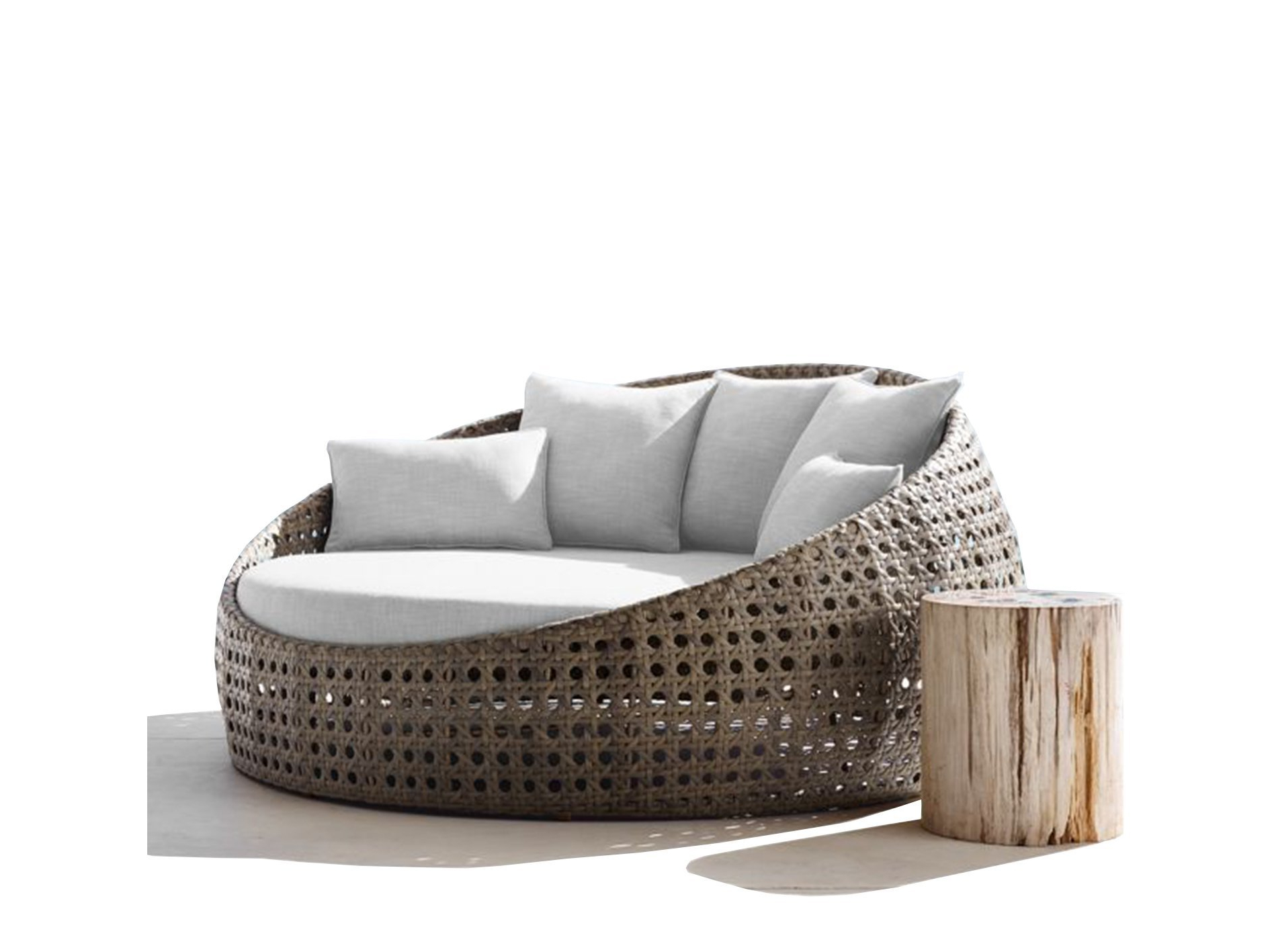 Outdoor Day Bed Encourage Round Replacement Cushions Within Well Known Ellanti Patio Daybeds With Cushions (View 9 of 25)