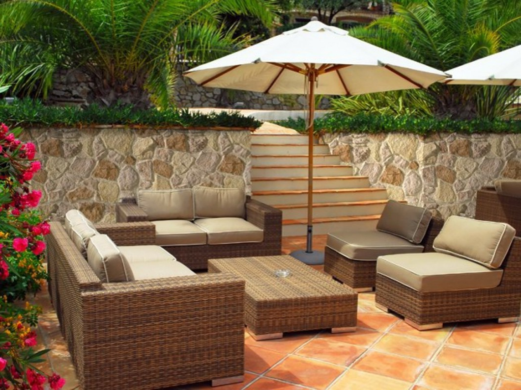 Piedra Cuenca Px 016 Throughout Best And Newest Ostrowski Patio Sectionals With Cushions (View 22 of 25)