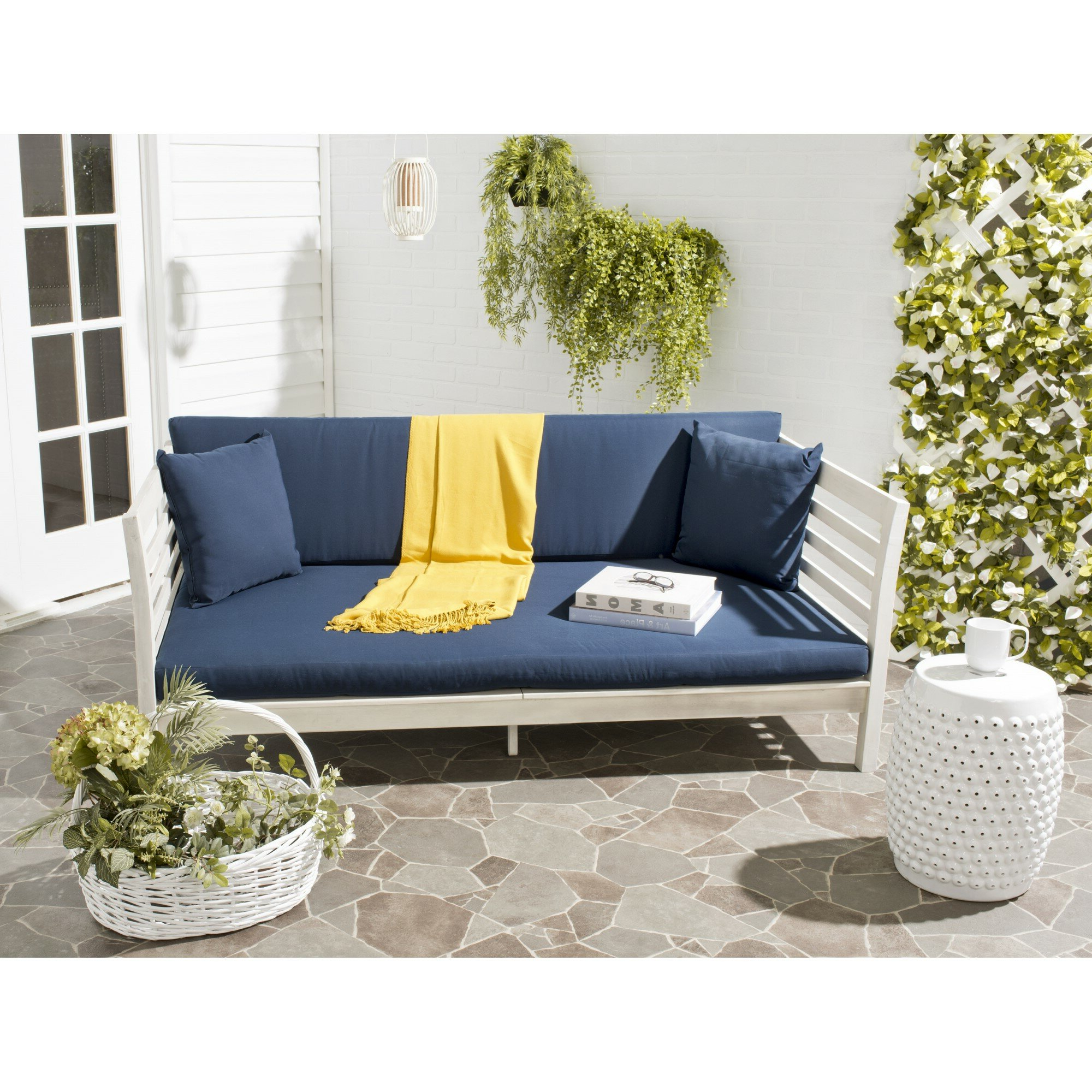 Preferred Bodine Patio Daybeds With Cushions With Regard To Bodine Patio Daybed With Cushions (View 4 of 25)