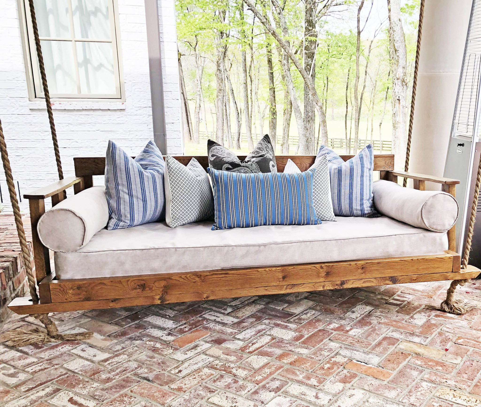 Trendy Cushion: Charming Daybed Cushion For Indoor And Outdoor Within Ellanti Patio Daybeds With Cushions (View 11 of 25)