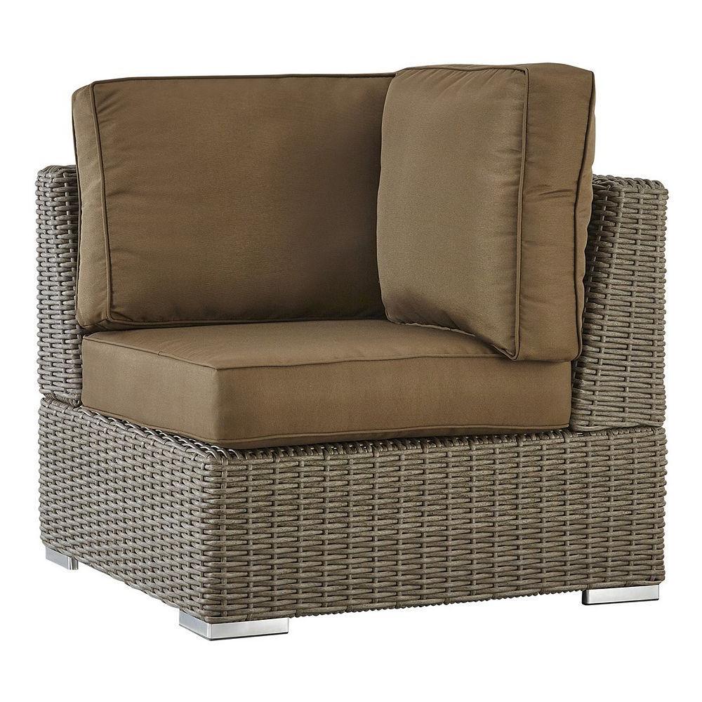Trendy Homevance Ravinia Mocha Wicker Patio Corner Chair (View 20 of 25)
