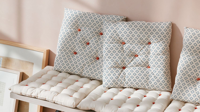 Well Known Amazing Deal On Fleischer Teak Patio Sofa With Sunbrella Inside Kincaid Teak Patio Sofas With Sunbrella Cushions (View 12 of 25)
