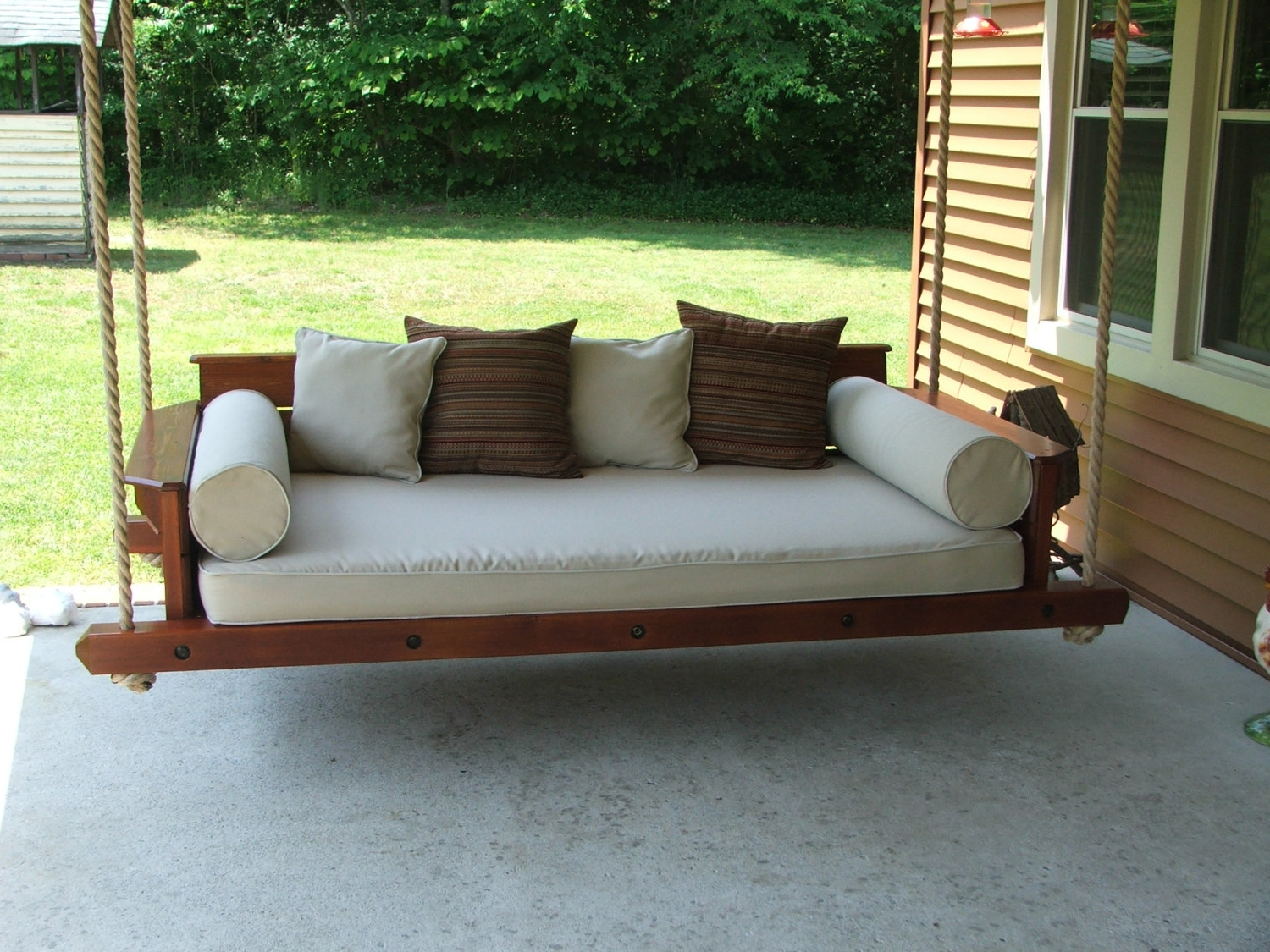 Day Bed Porch Swings Pertaining To Preferred Hanging Daybed Porch Swing (Gallery 13 of 25)